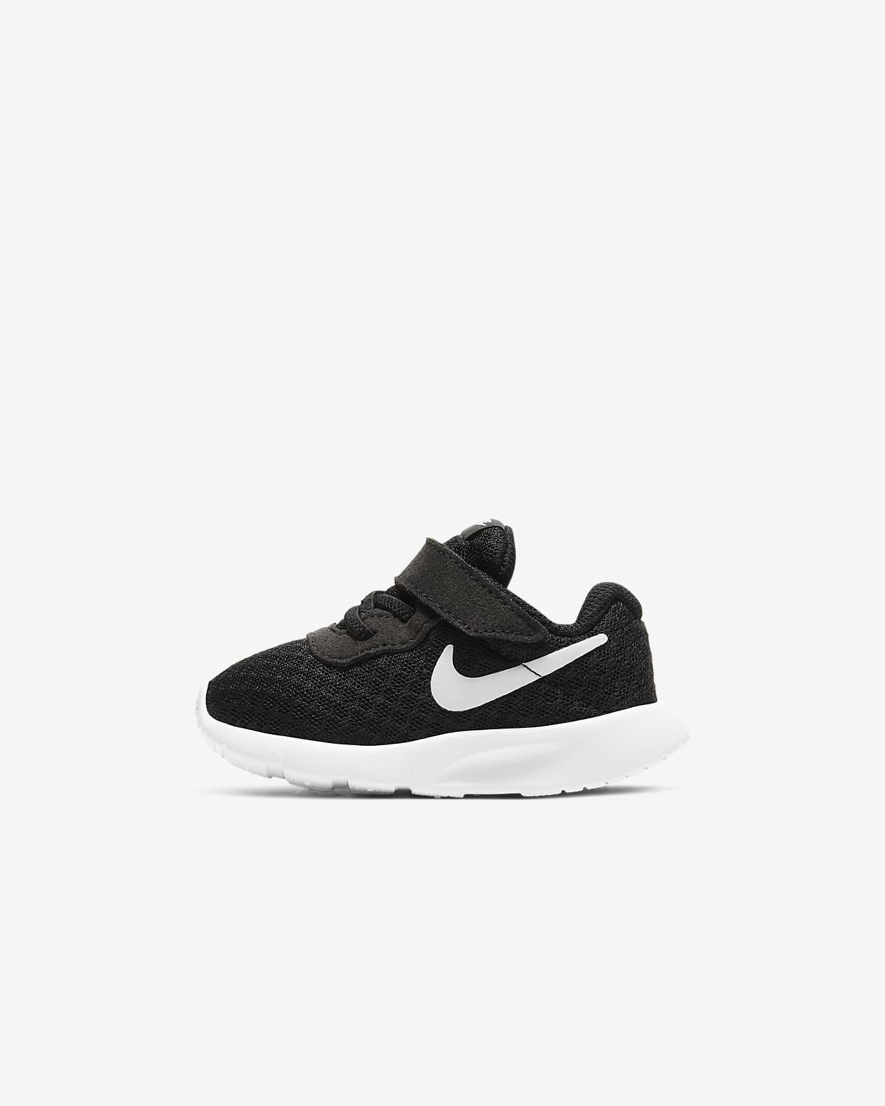 Nike Tanjun Schuh für Kleinkinder (17–27)