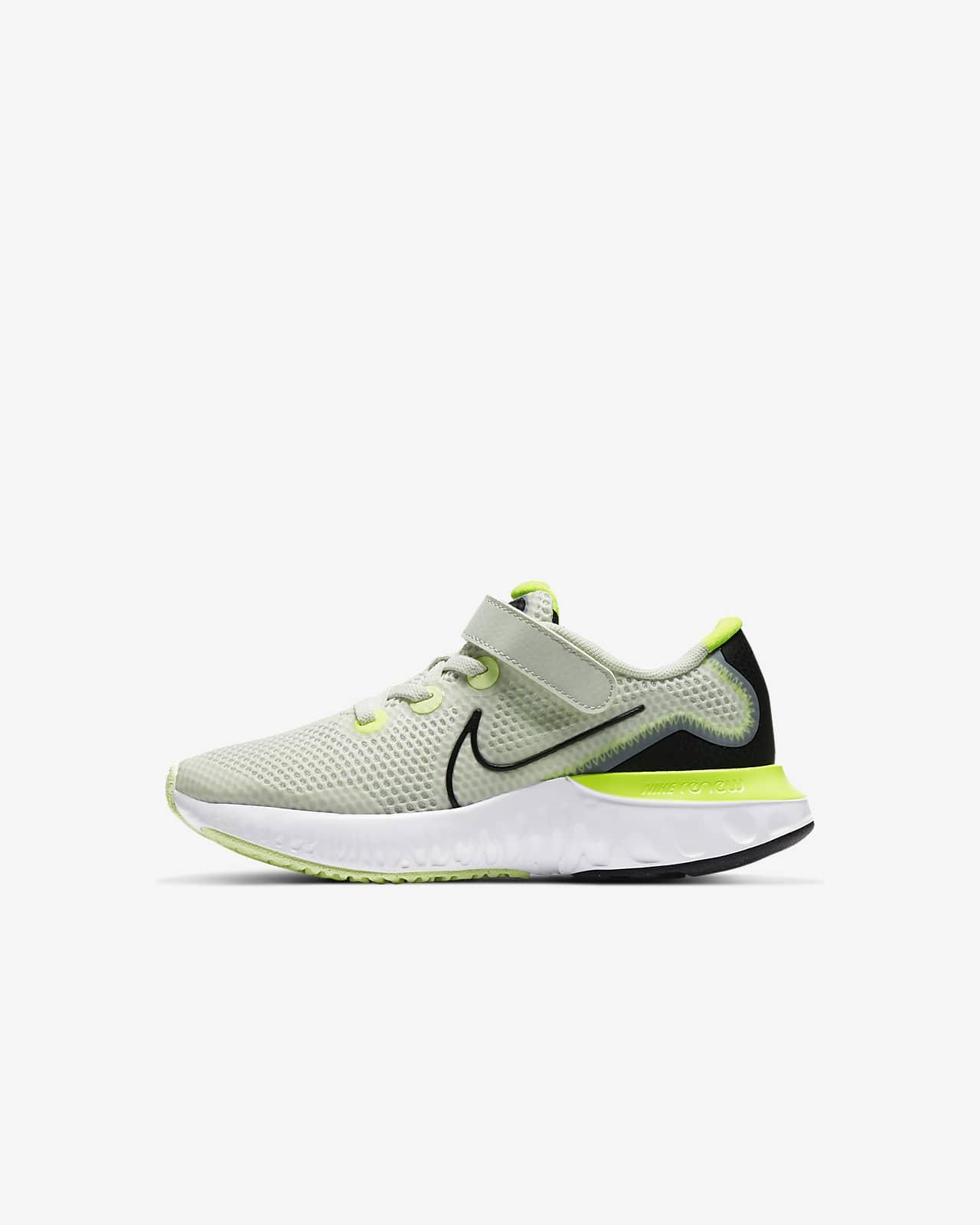 Nike Renew Run Younger Kids' Shoe. Nike SA