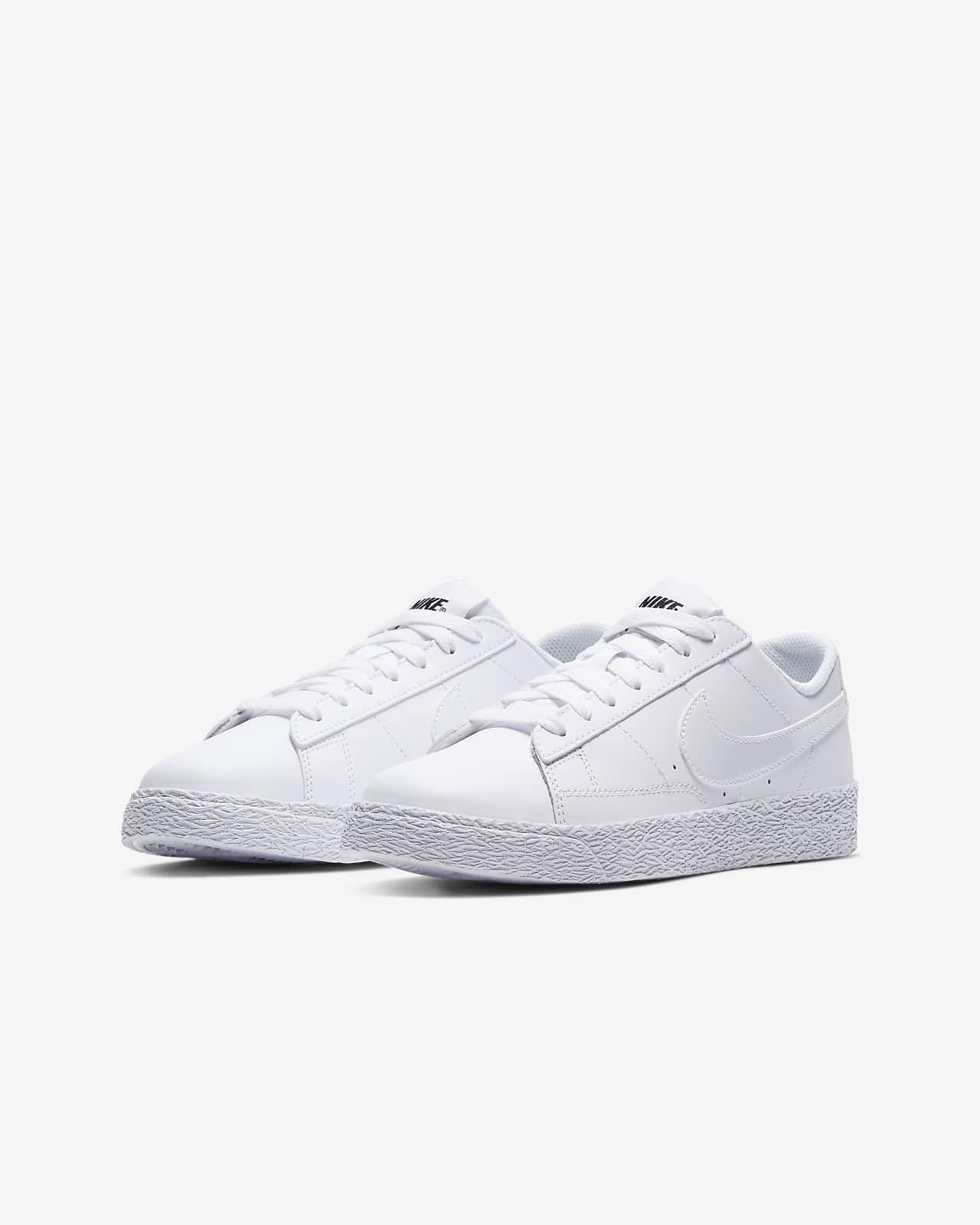 Nike Blazer Low Older Kids' Shoe. Nike EG