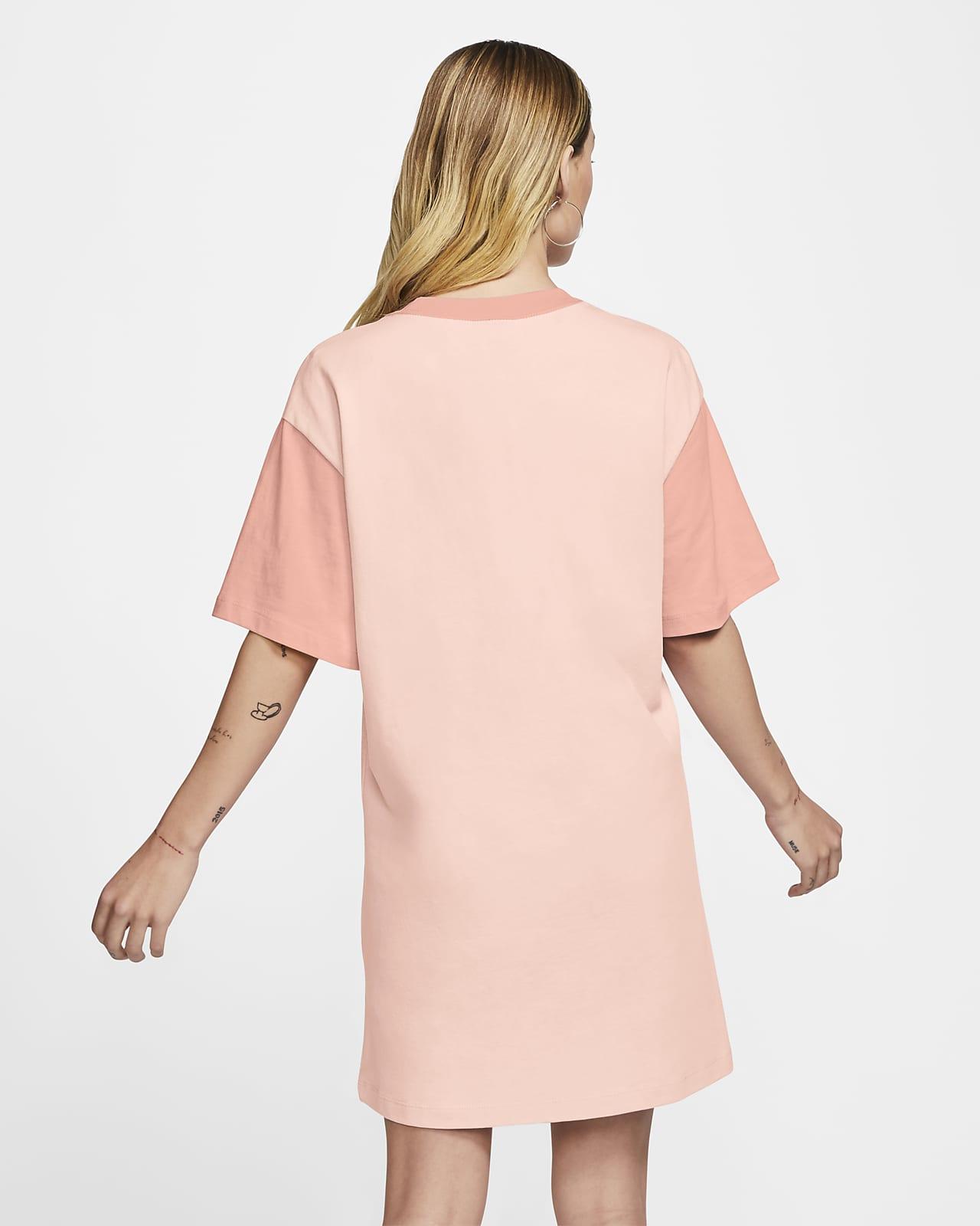 Robe à Swoosh Nike Sportswear pour Femme