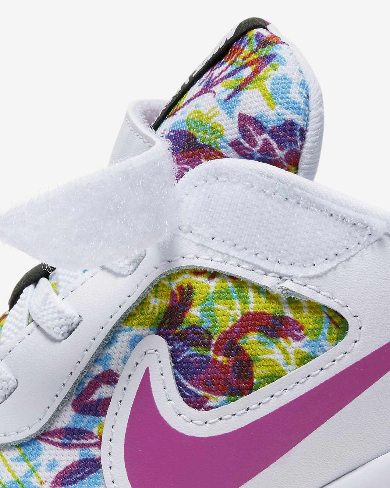 Nike Revolution 5 Fable Younger Kids