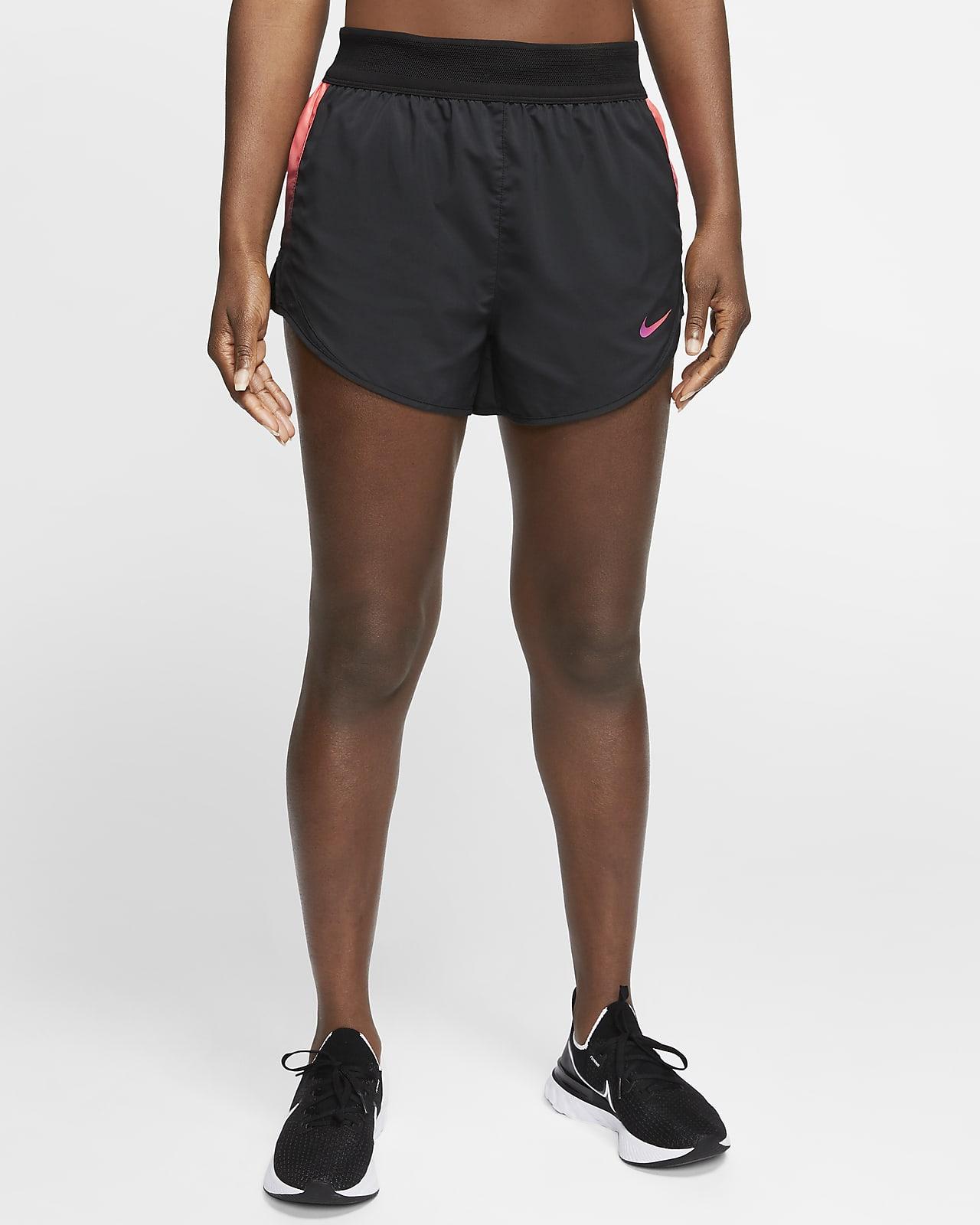 Γυναικείο σορτς για τρέξιμο Nike