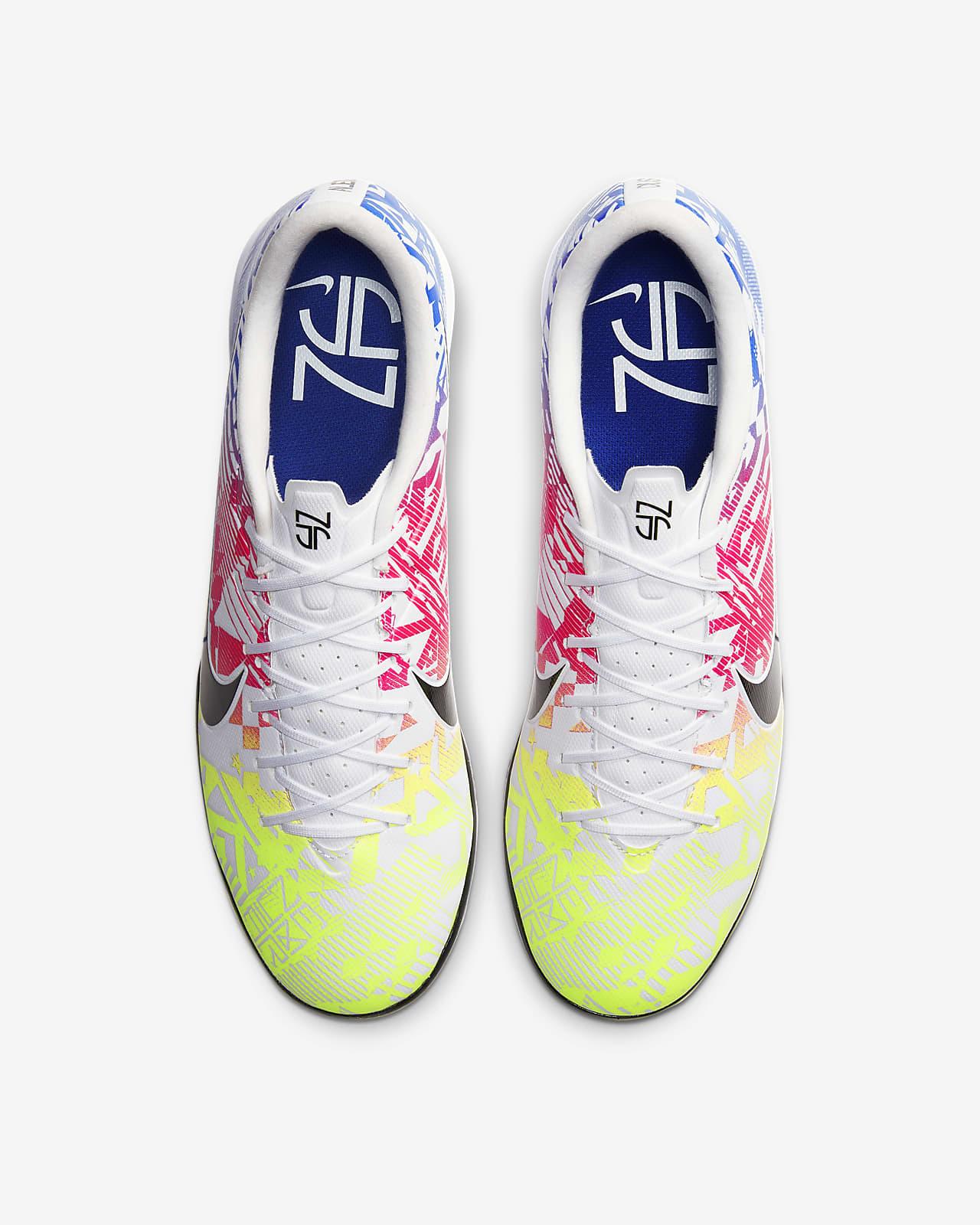 autómata Lujoso en el medio de la nada  Nike Mercurial Vapor 13 Academy Neymar Jr. IC Indoor/Court Soccer Shoe. Nike .com