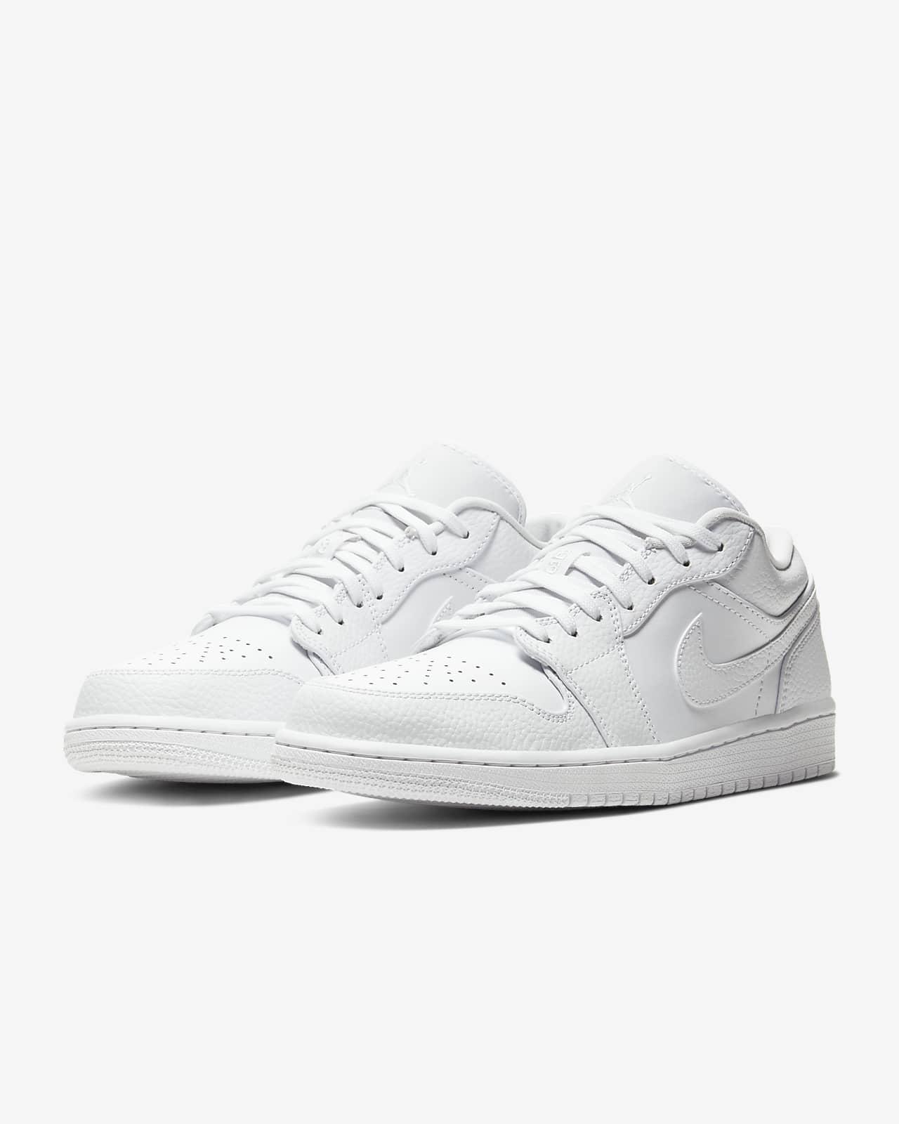 Air Jordan 1 Low Shoe. Nike LU