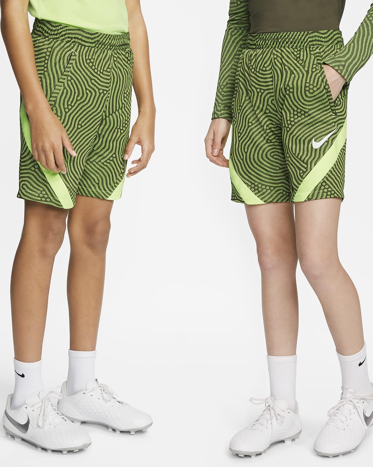 Nike Dri-FIT Strike futballrövidnadrág nagyobb gyerekeknek