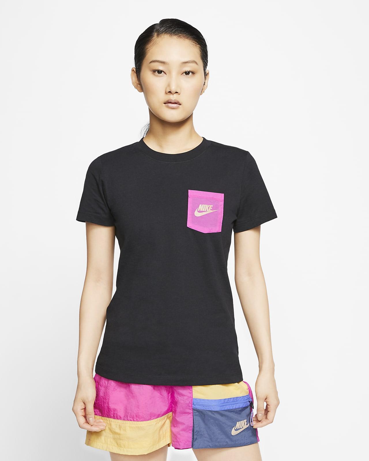 เสื้อยืดผู้หญิง Nike Sportswear Icon Clash