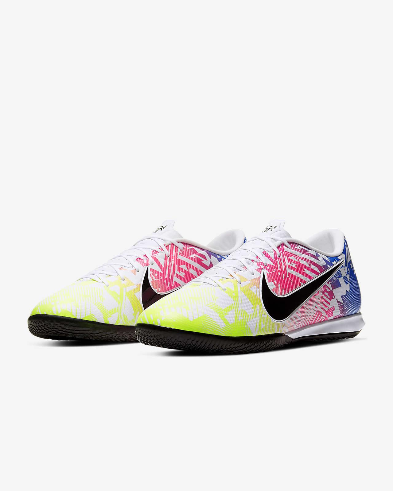 Susteen Velo Perpetuo  Nike Mercurial Vapor 13 Academy Neymar Jr. IC Indoor/Court Football Shoe.  Nike PT