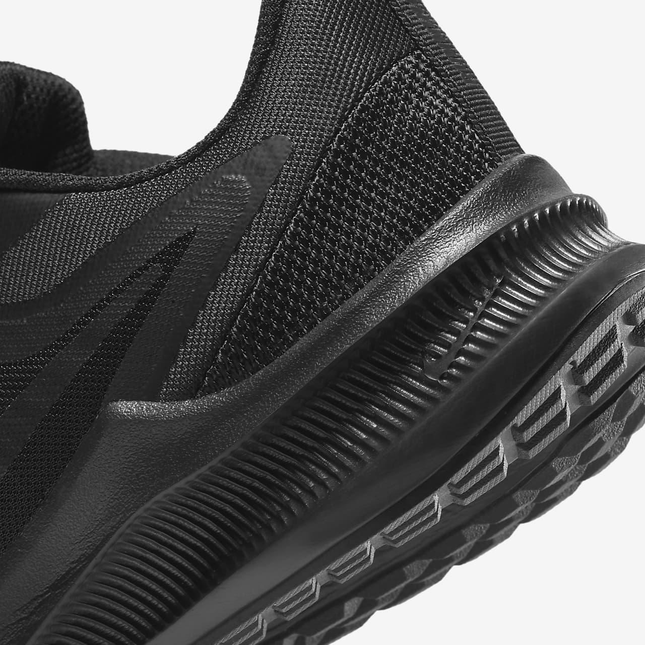 Running Shoe (Wide). Nike