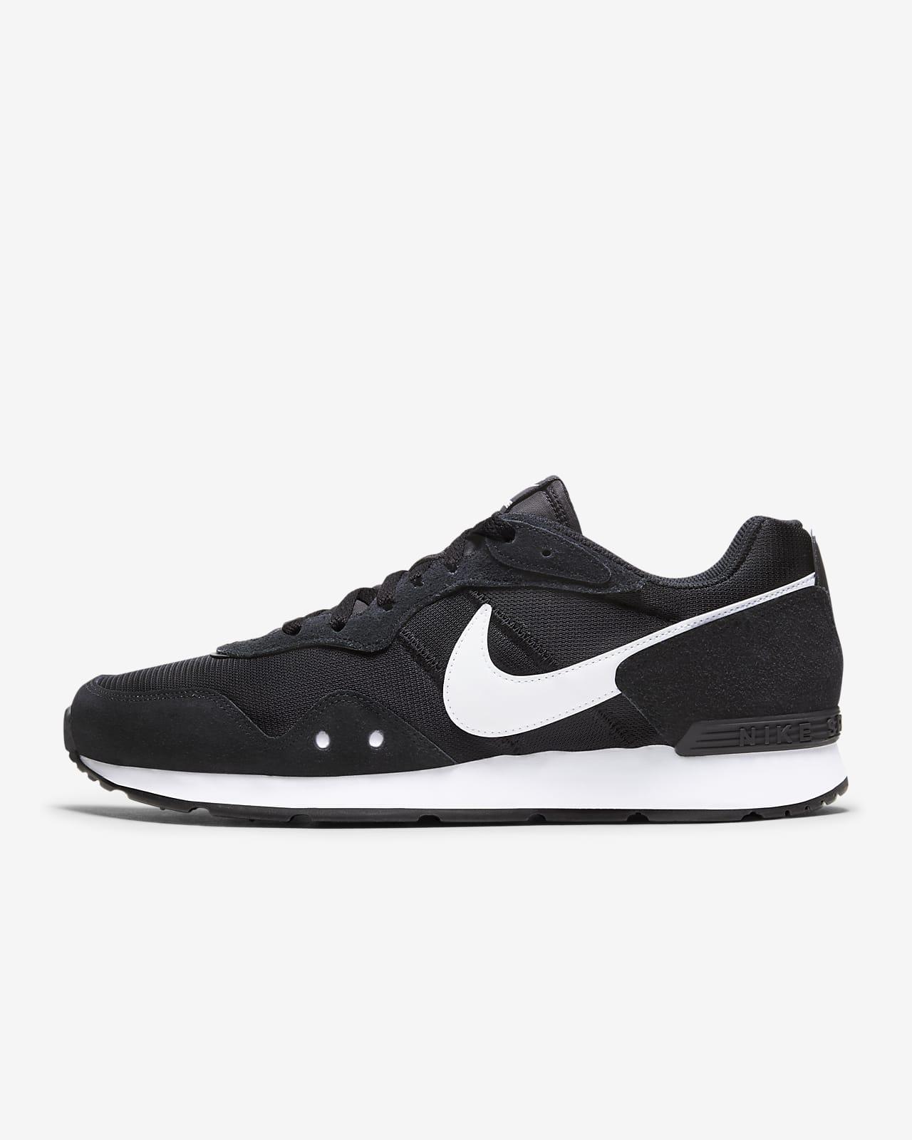 Nike Venture Runner Men's Shoe