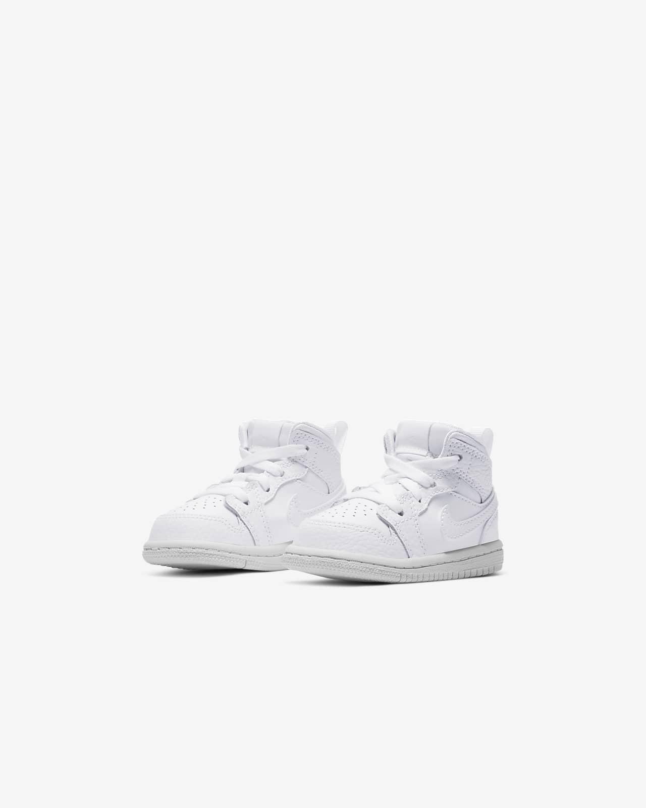 Jordan 1 Mid Baby and Toddler Shoe. Nike LU