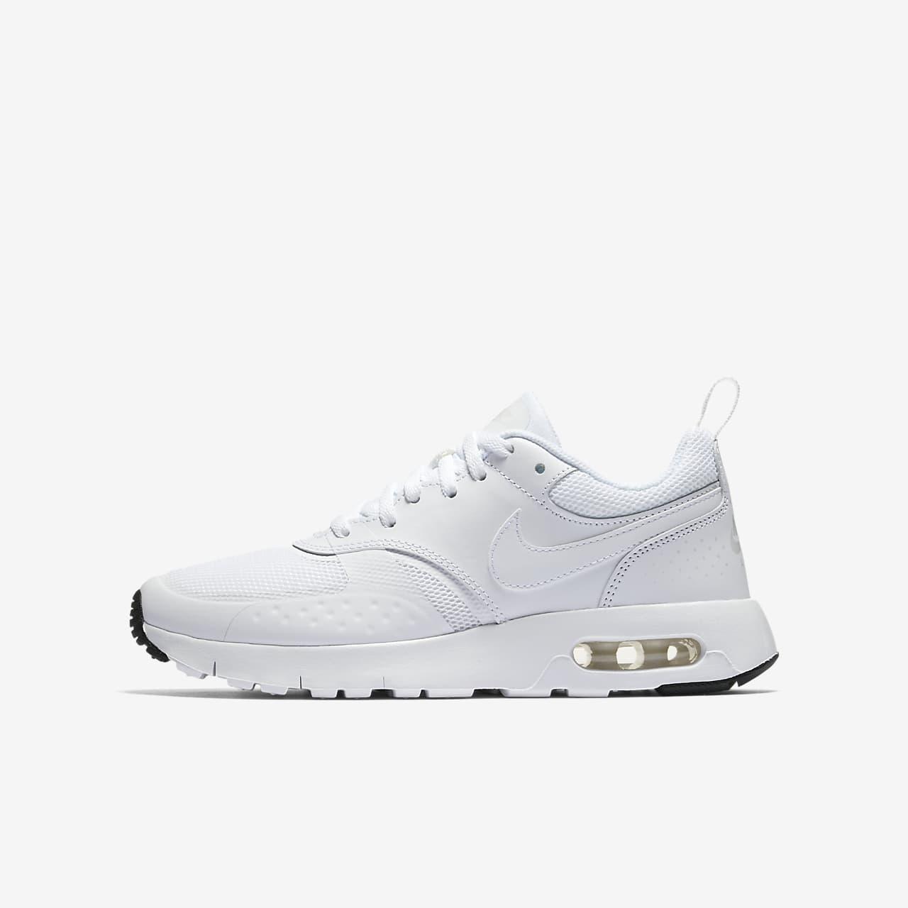 Nike Air Max Vision Genç Çocuk Ayakkabısı