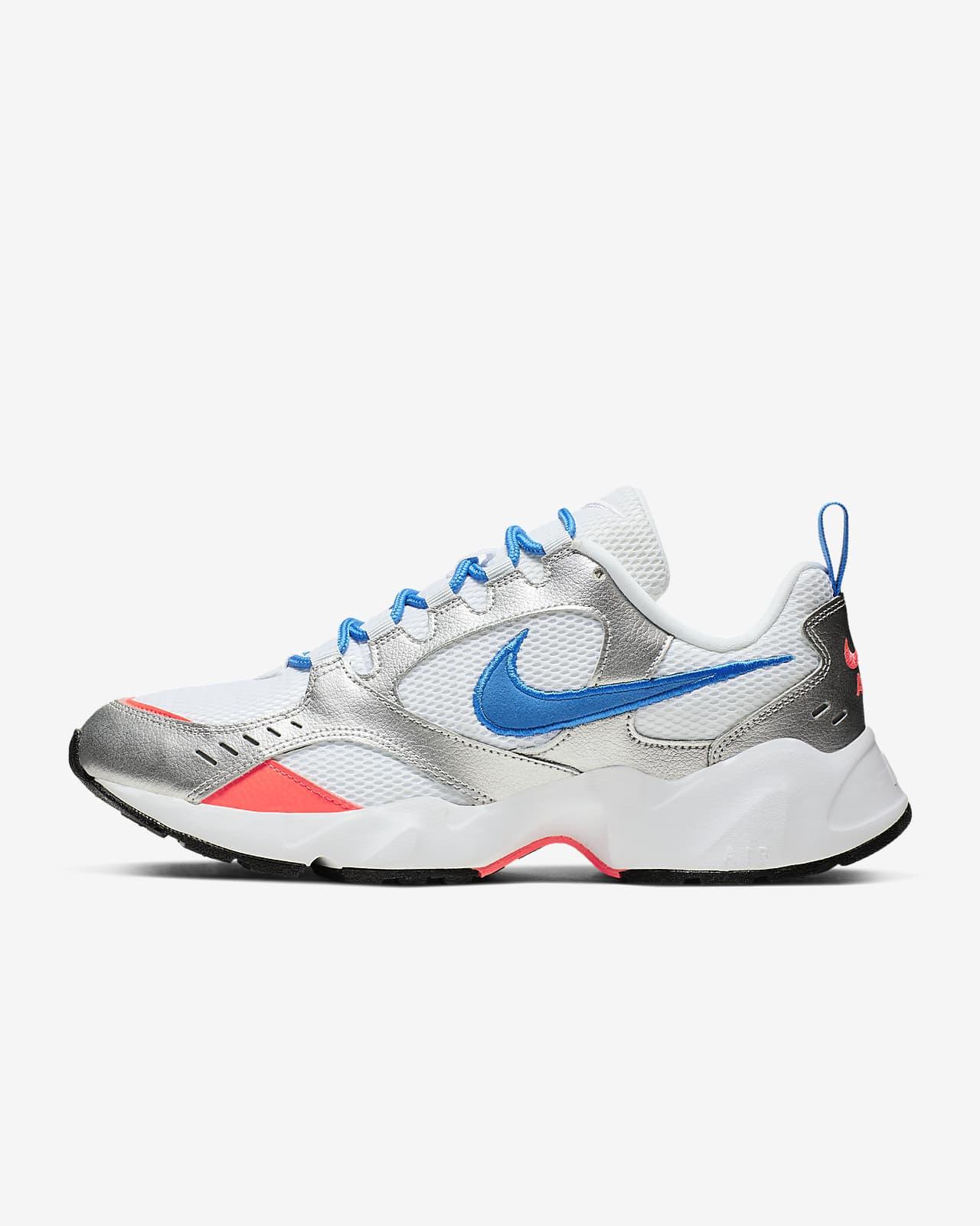 Nike Air Heights Men's Shoe. Nike FI