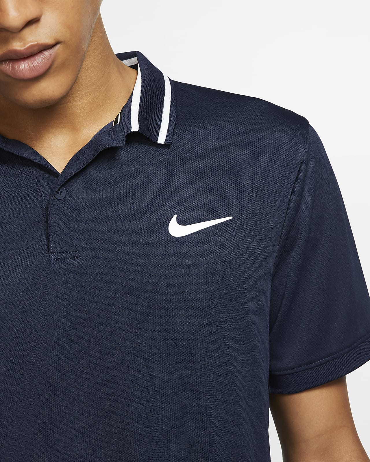 nada Aislar Mordrin  NikeCourt Dri-FIT Men's Tennis Polo. Nike IL