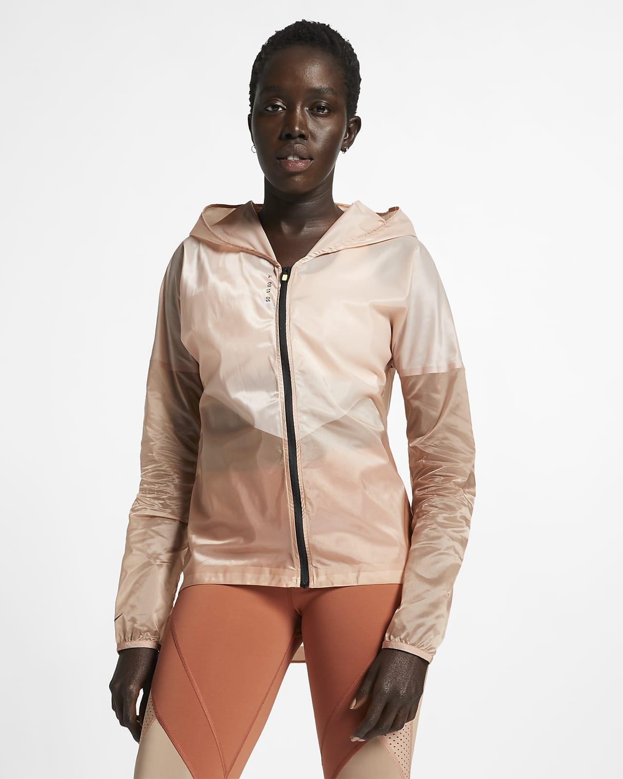 Женская беговая куртка с капюшоном Nike Tech Pack