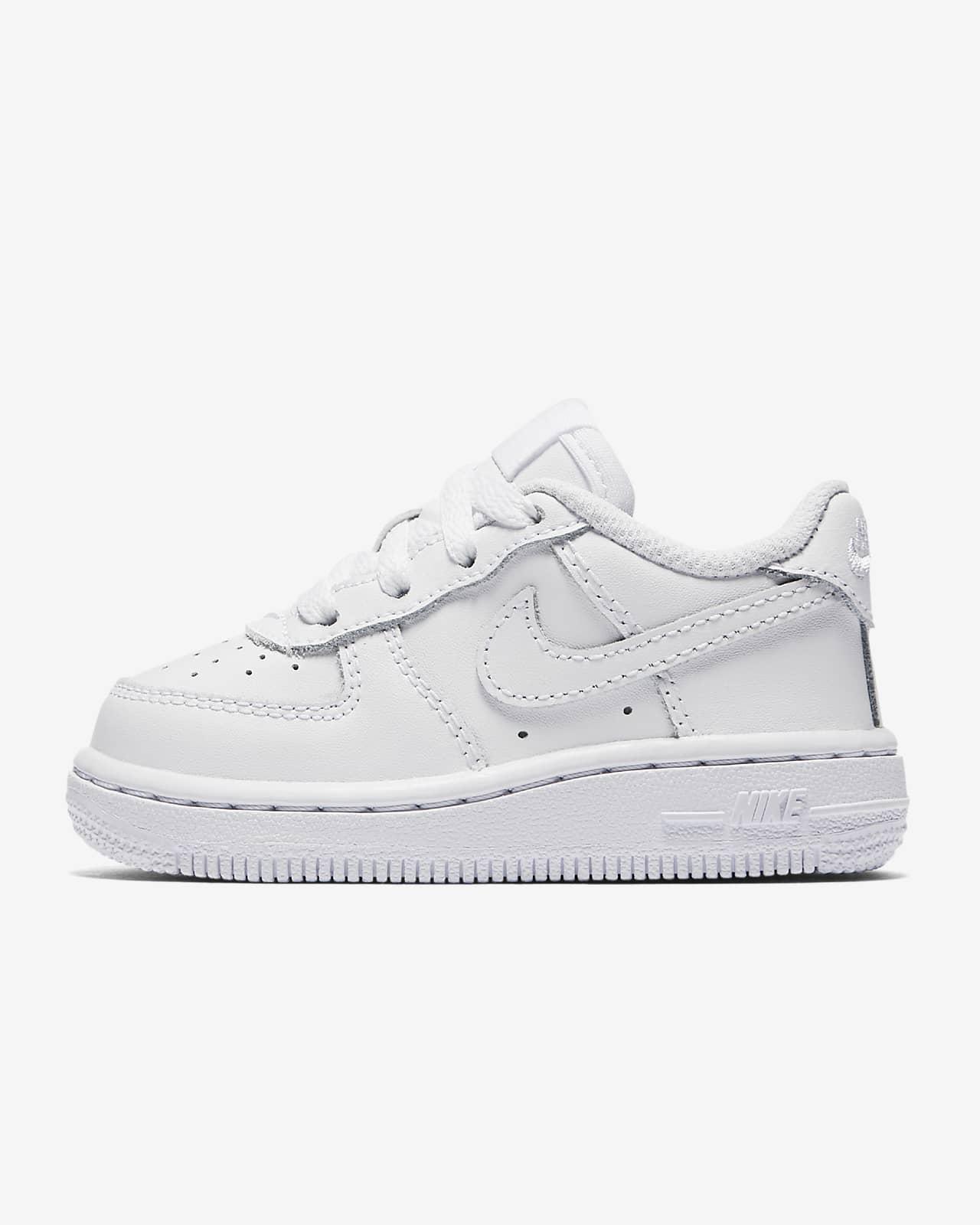 รองเท้าเด็กวัยหัดเดิน Nike Force 1 '06