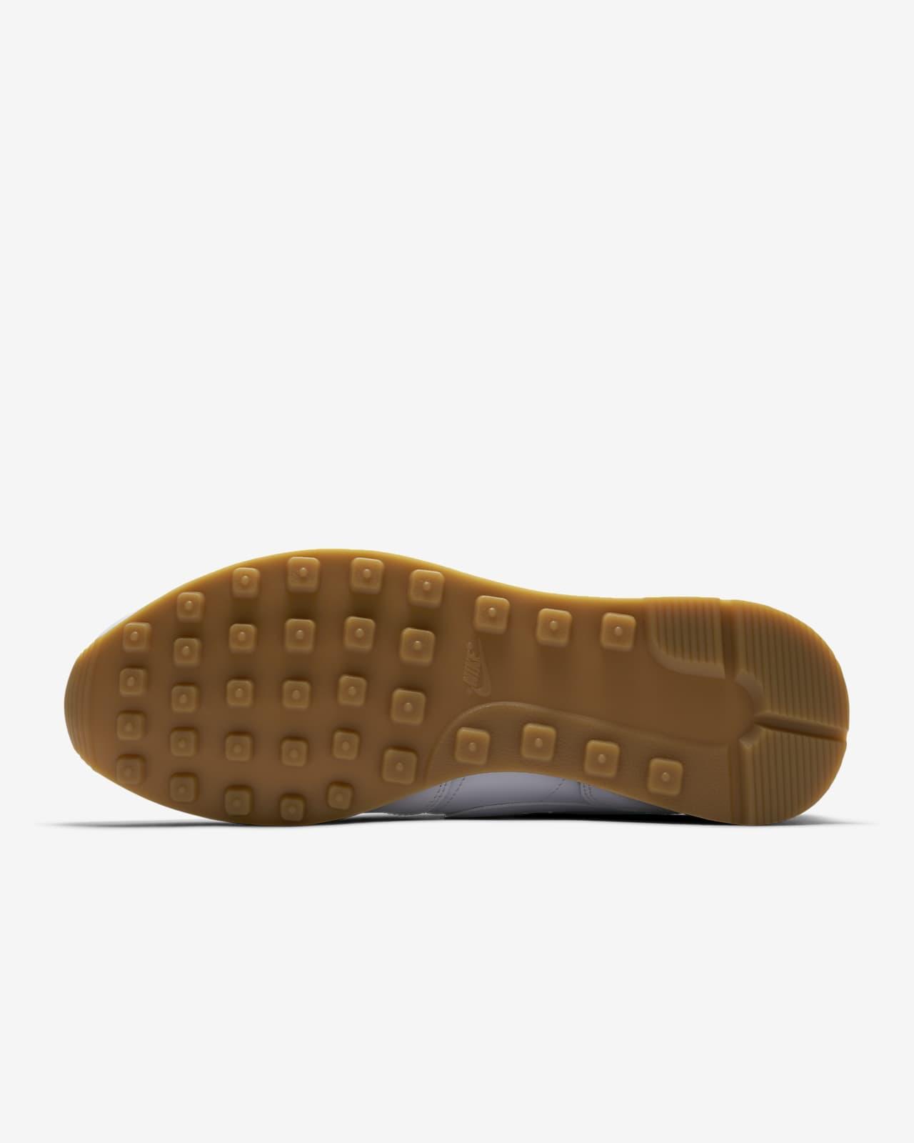 Nike Internationalist Women's Shoe. Nike LU