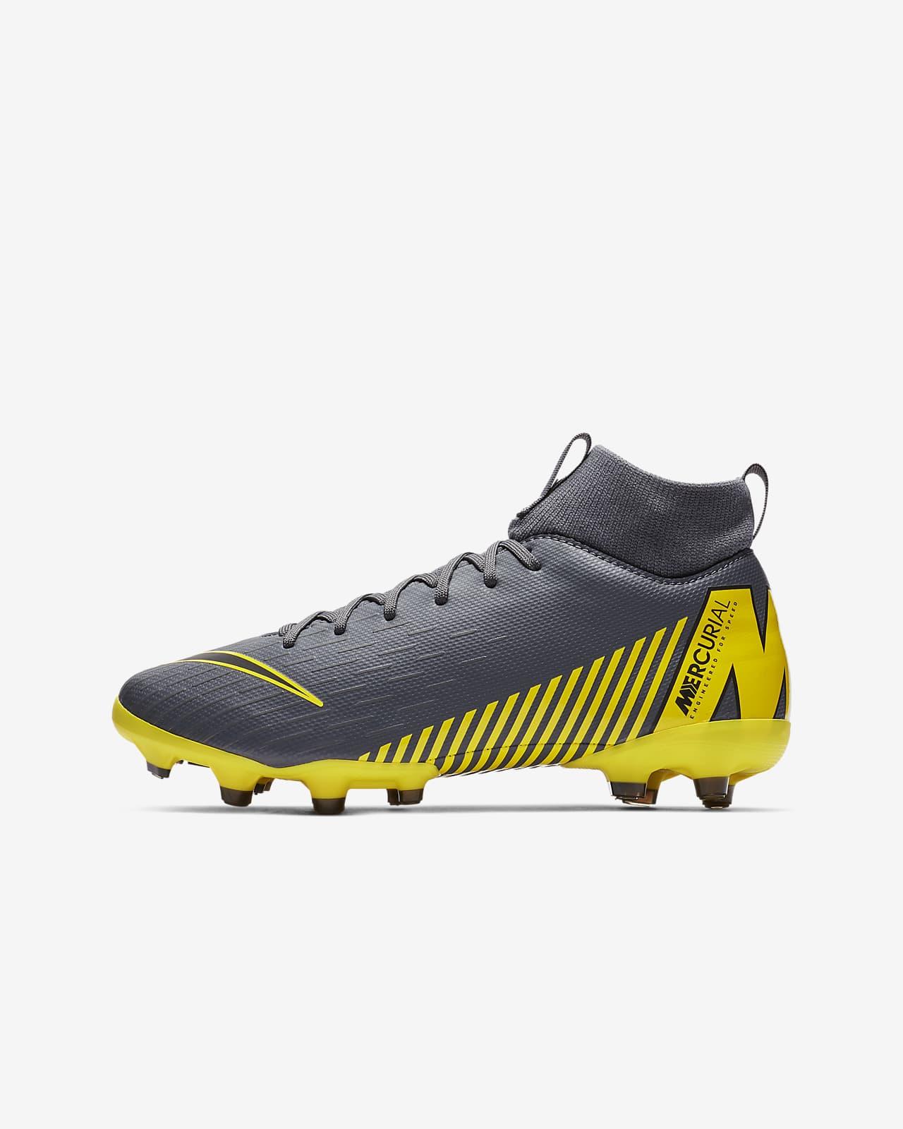 Diplomático Perdóneme Puntuación  Nike Jr. Superfly 6 Academy MG Game Over Botas de fútbol para múltiples  superficies para niño/a y niño/a pequeño/a. Nike ES
