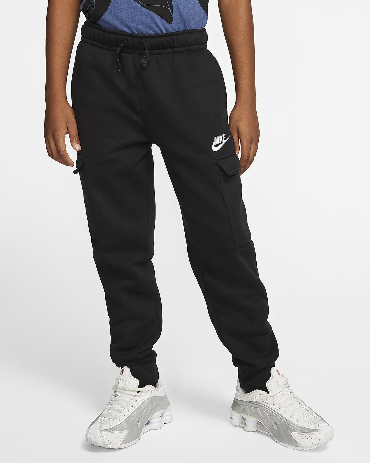 Kapsáčové kalhoty Nike Sportswear Club pro větší děti (chlapce)