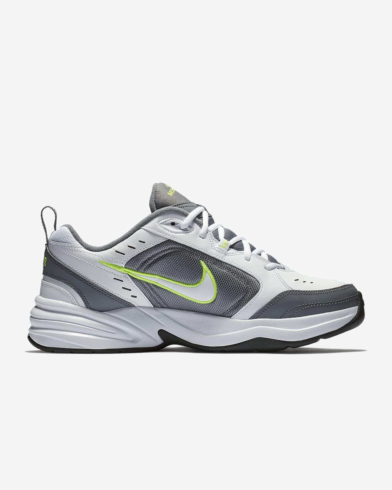 Chaussure de training Nike Air Monarch IV pour Homme. Nike FR