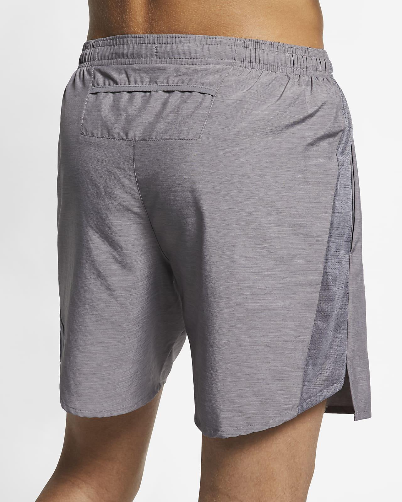 Conclusión ignorancia río  Shorts de running forrados de 18 cm para hombre Nike Challenger. Nike.com
