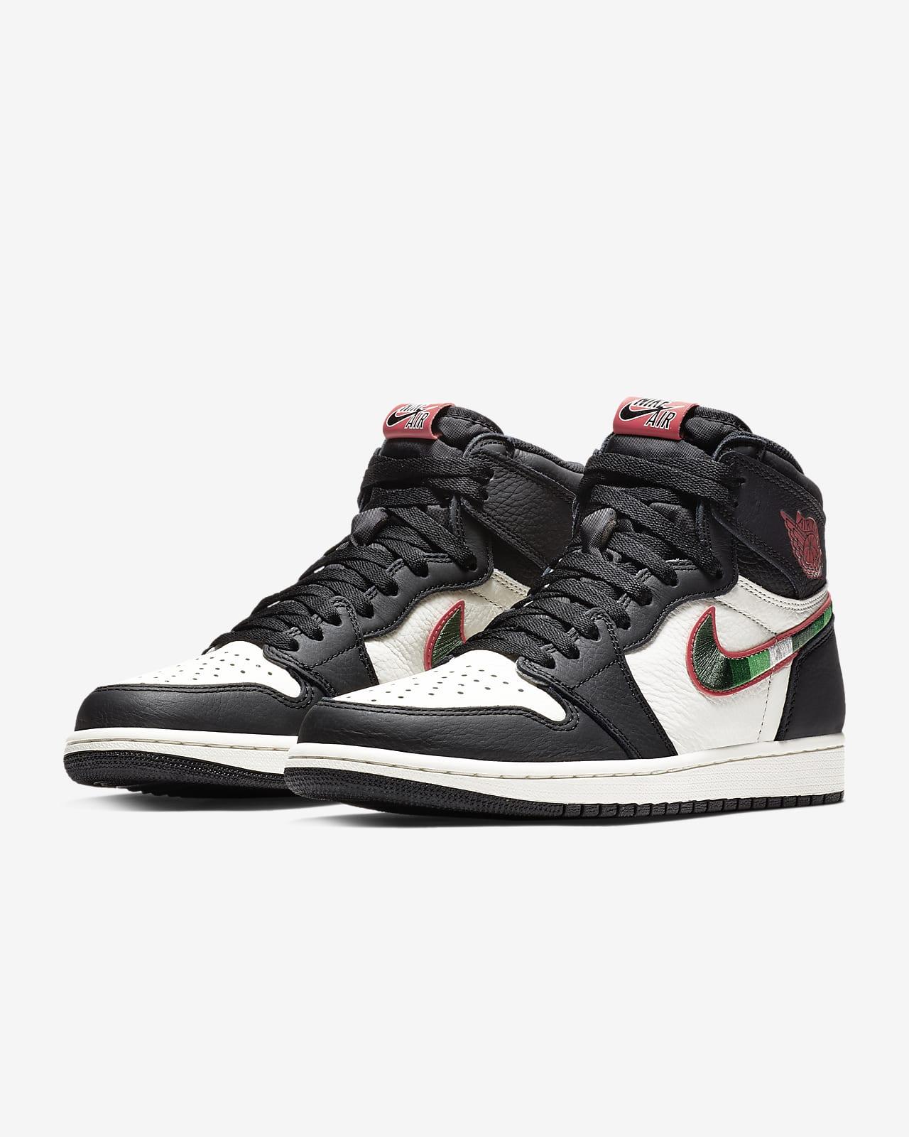 Air Jordan 1 Retro High OG Shoe. Nike SG