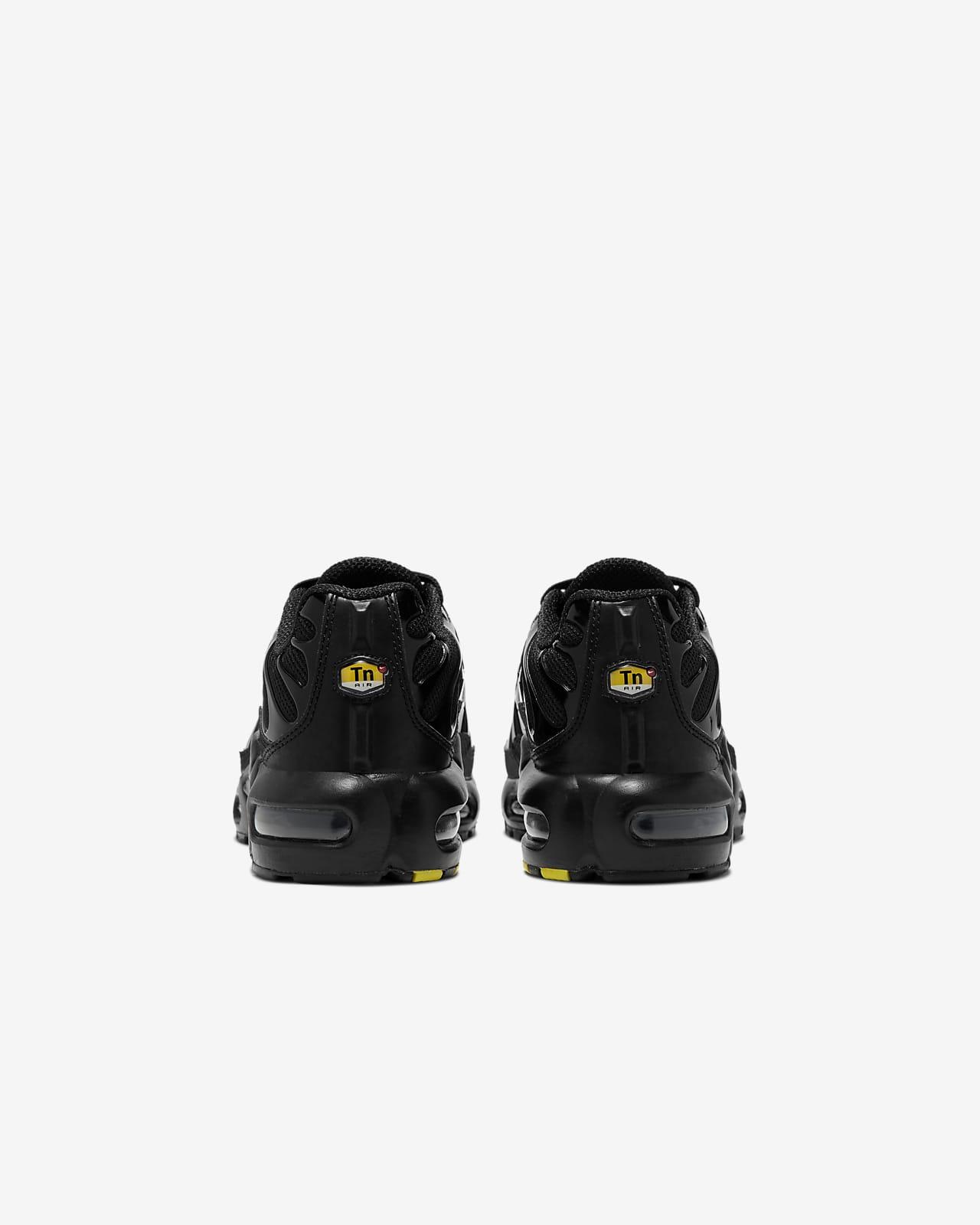 Nike Air Max Plus Older Kids' Shoe. Nike GB