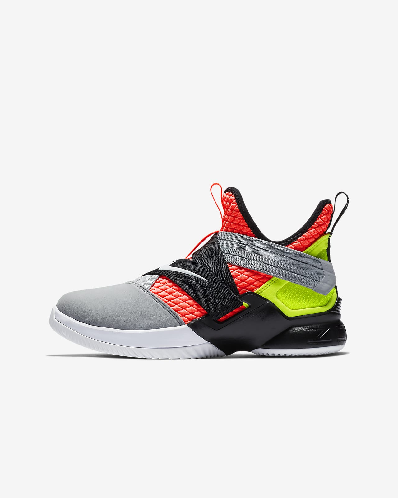 lebron xii soldier