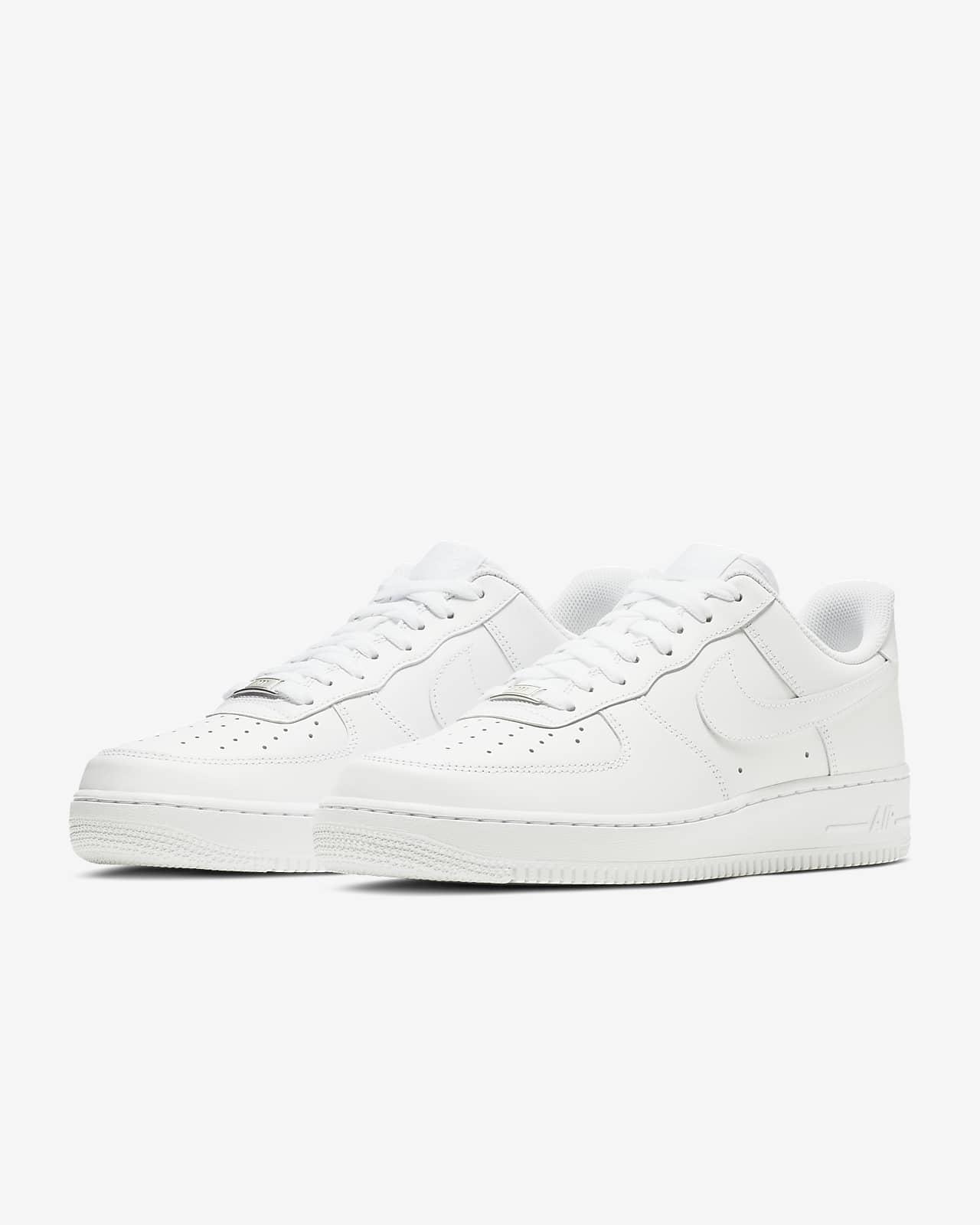 oído espíritu para agregar  Nike Air Force 1 '07 Men's Shoe. Nike NZ