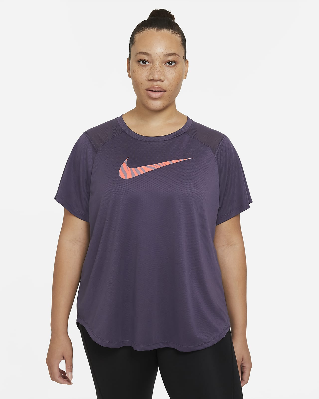 Nike Run Icon Clash kortermet løpeoverdel til dame (Plus size)