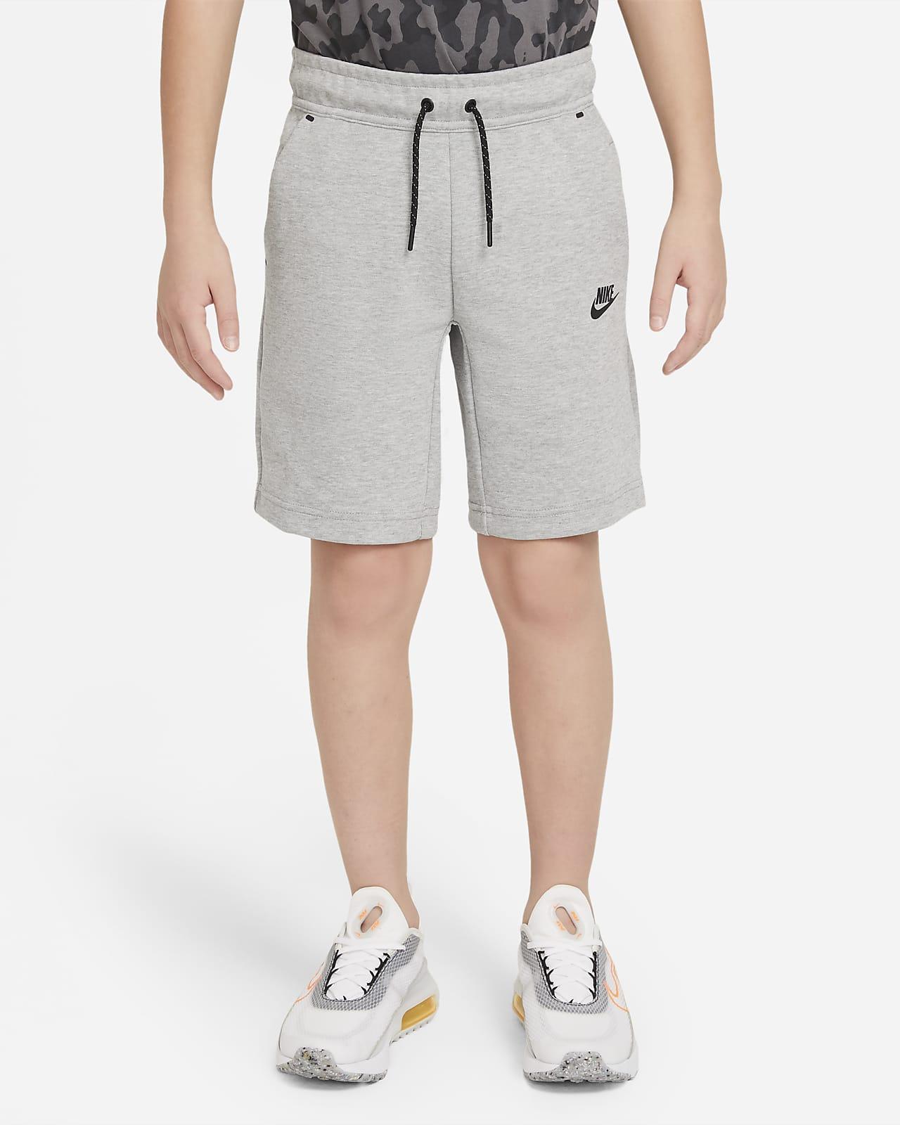 Nike Sportswear Tech Fleece Older Kids' (Boys') Shorts