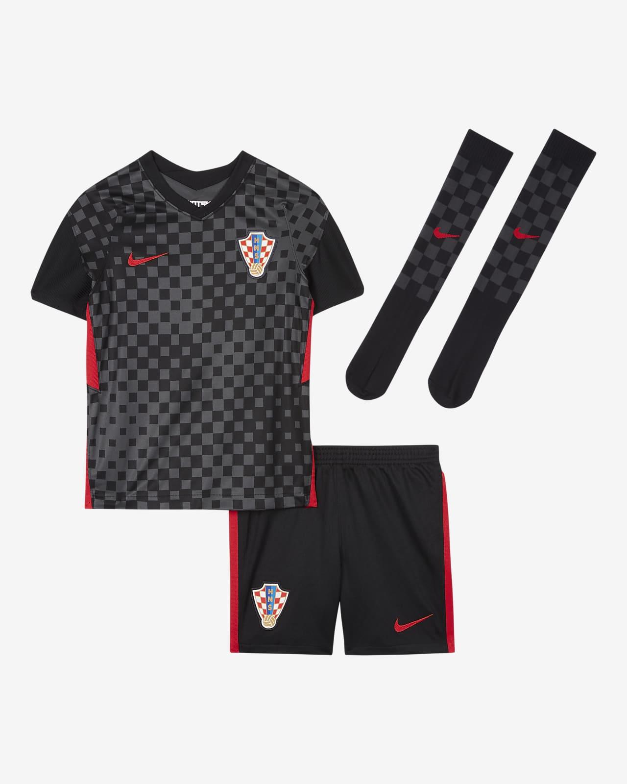 Футбольный комплект для дошкольников с символикой выездной формы сборной Хорватии 2020