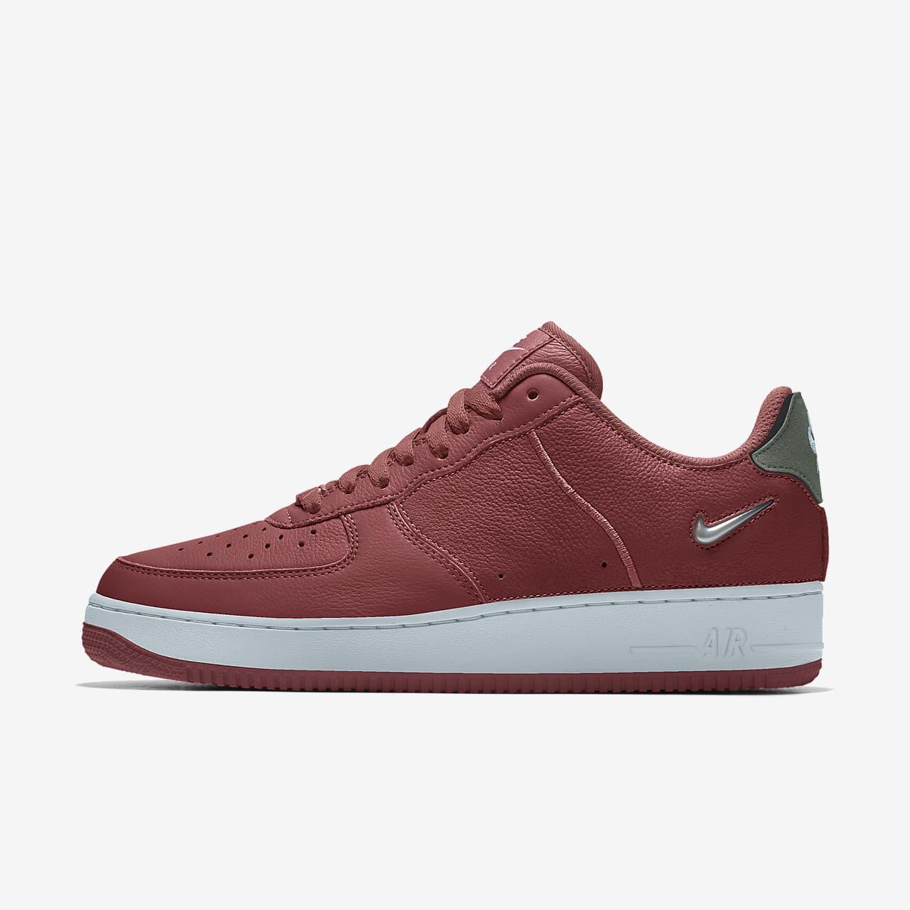 Specialdesignad sko Nike Air Force 1/1 Unlocked By You