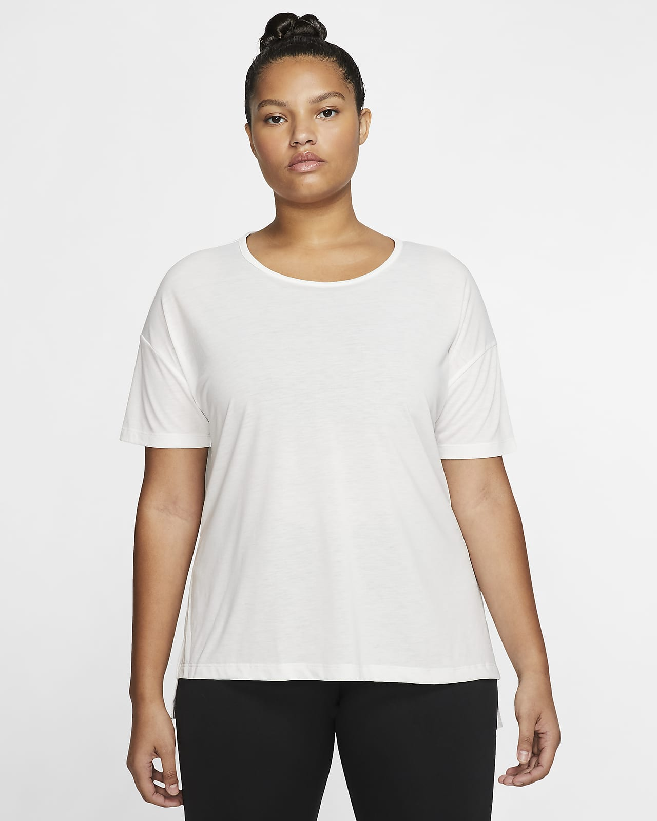 Camiseta de manga corta para mujer Nike Yoga (talla grande)