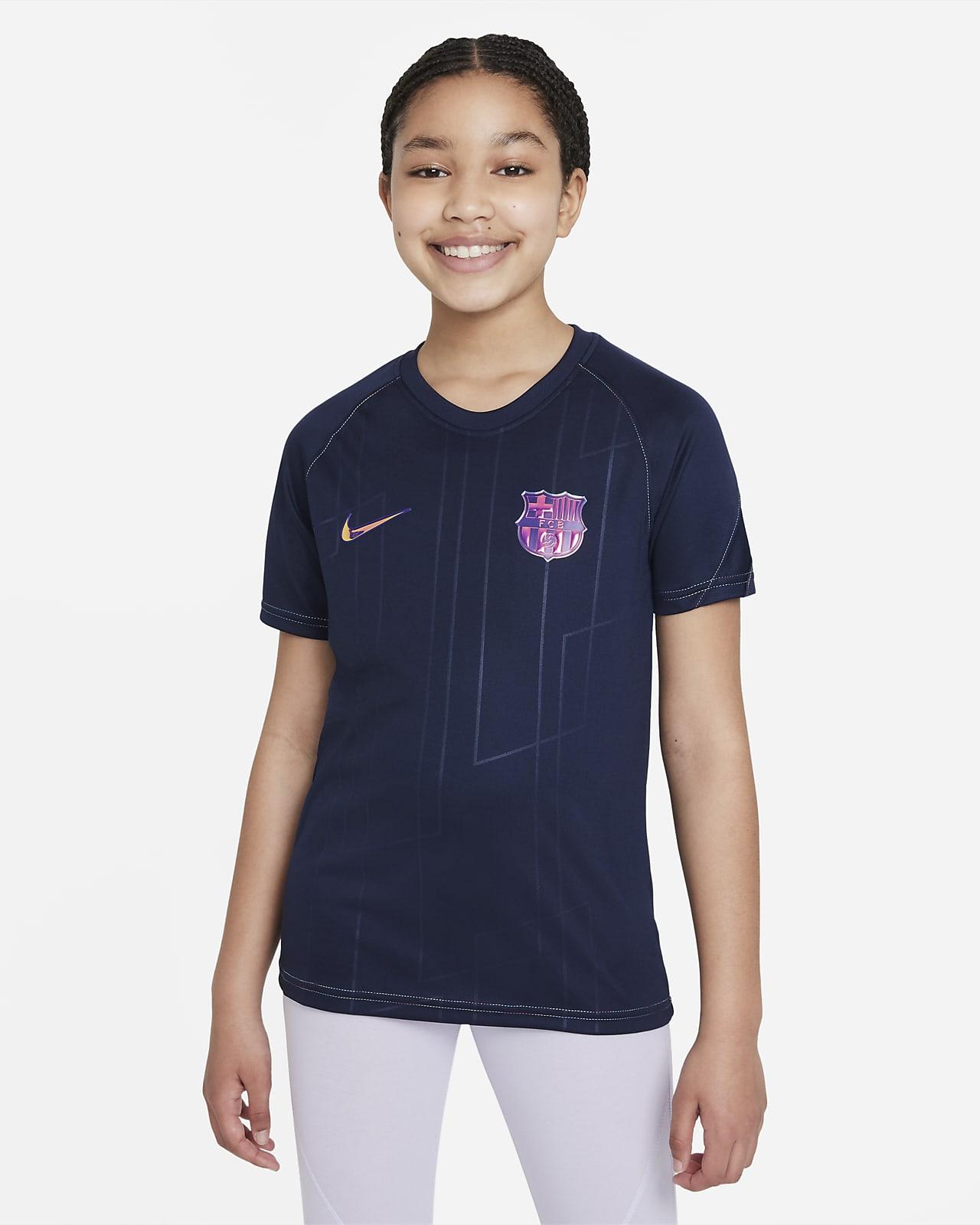 Playera de fútbol para antes del partido Nike Dri-FIT para niños talla grande FC Barcelona visitante