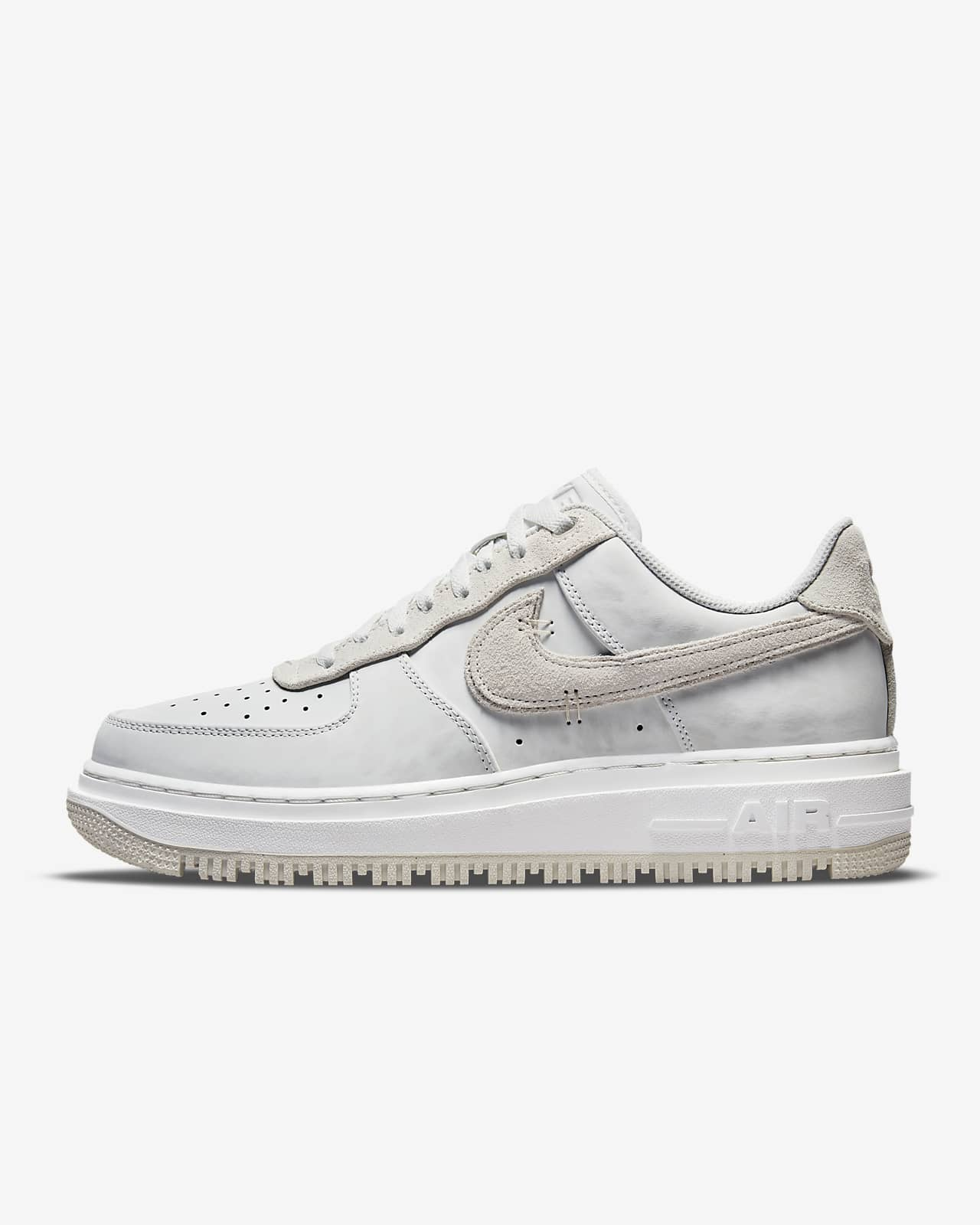 Nike Air Force 1 Luxe Men's Shoes