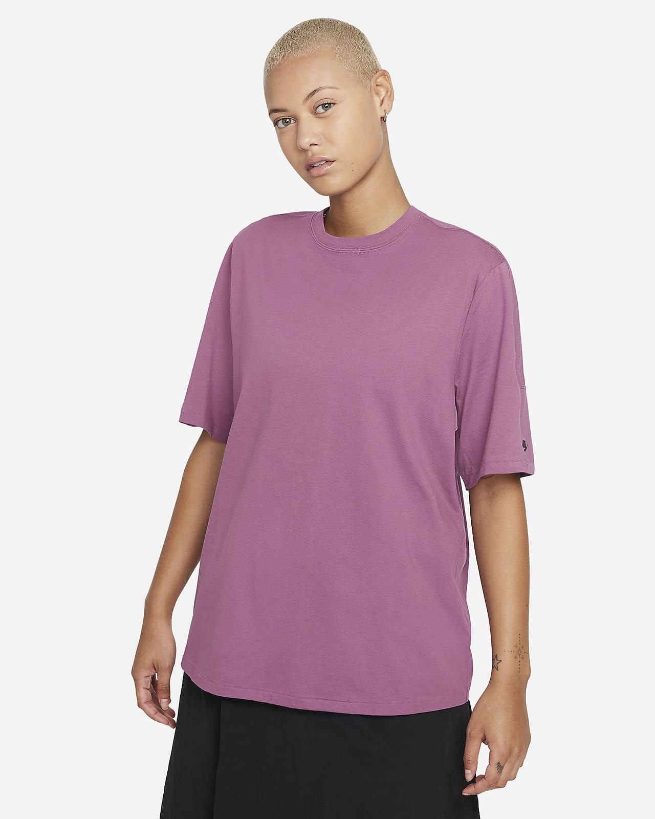 Nike Sportswear Dri-FIT ADV Tech Pack Kısa Kollu Kadın Üstü