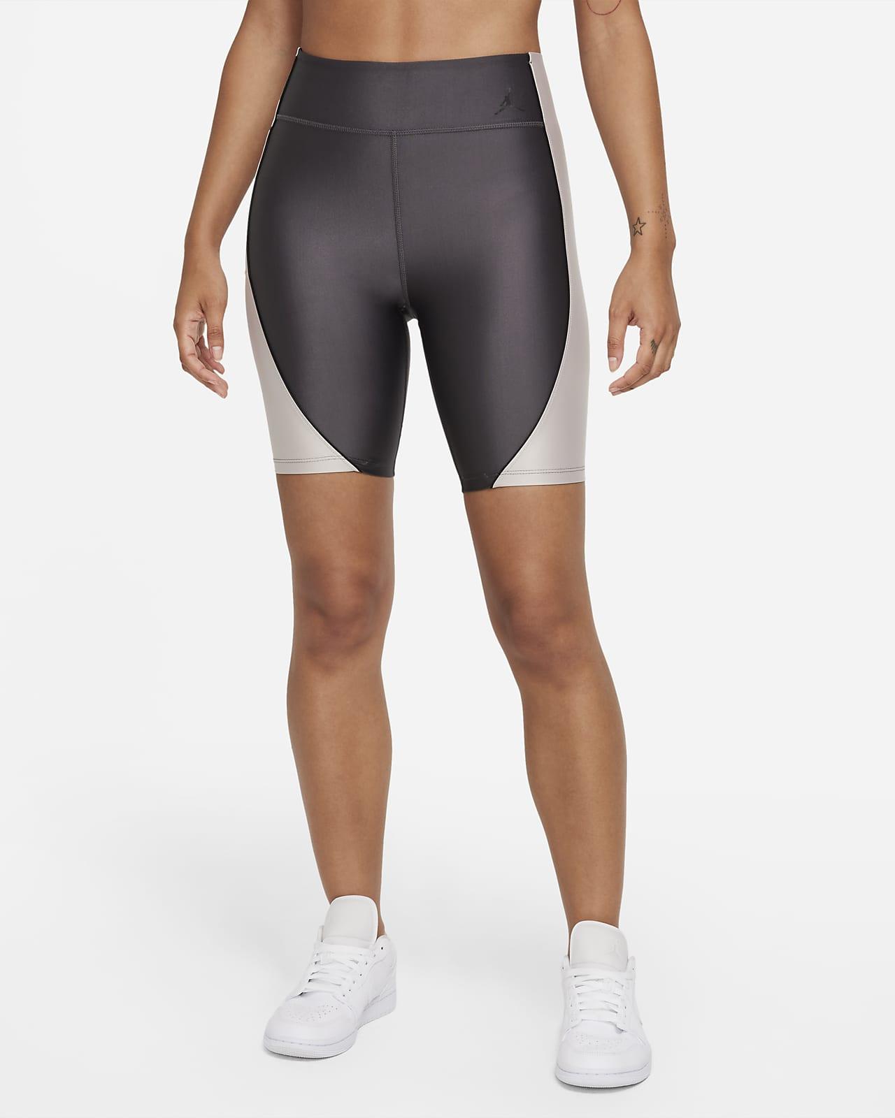 กางเกงปั่นจักรยานขาสั้นเอวปานกลางผู้หญิง Jordan Essentials