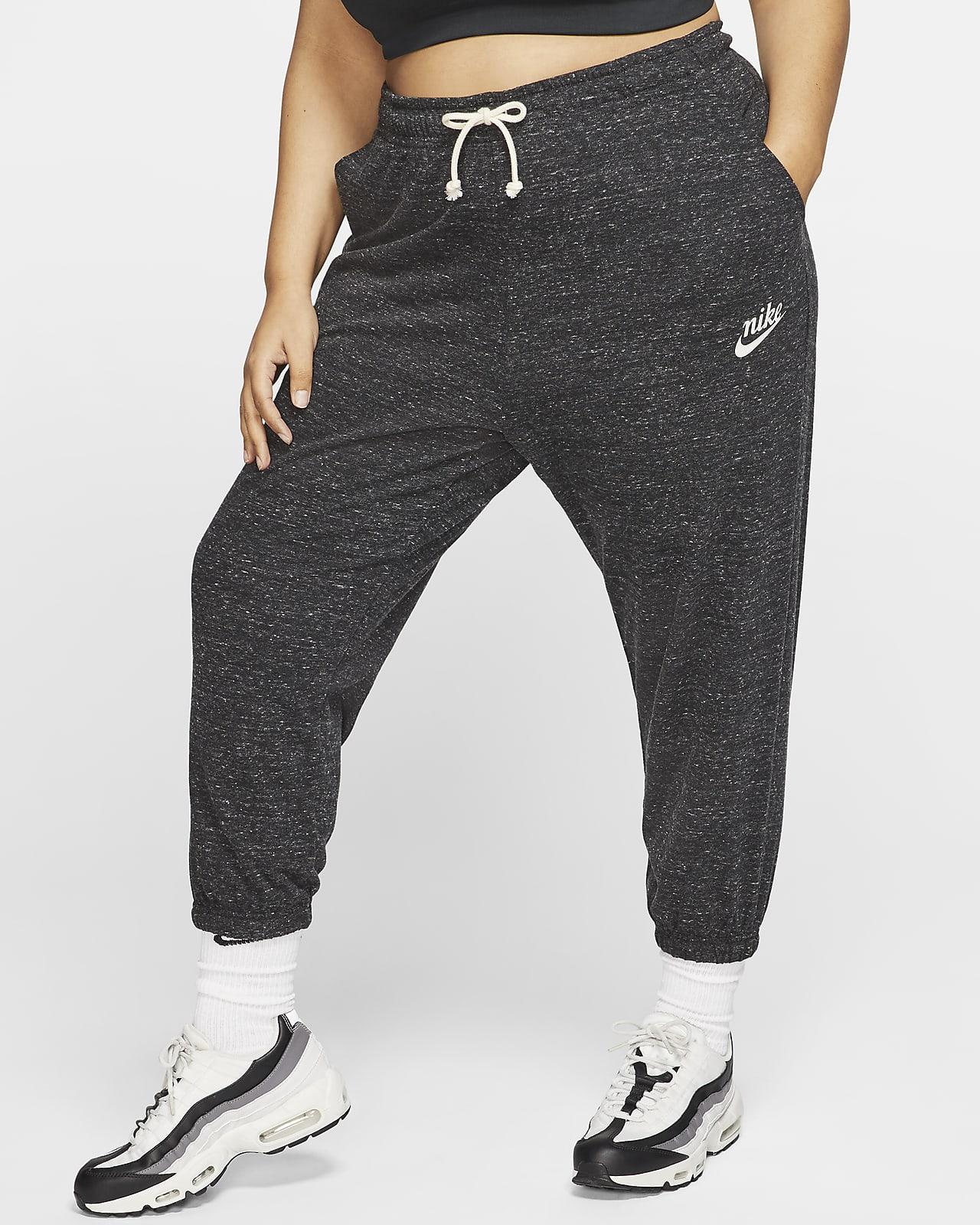 Nike Sportswear Women's Mid-Rise Capris (Plus Size)