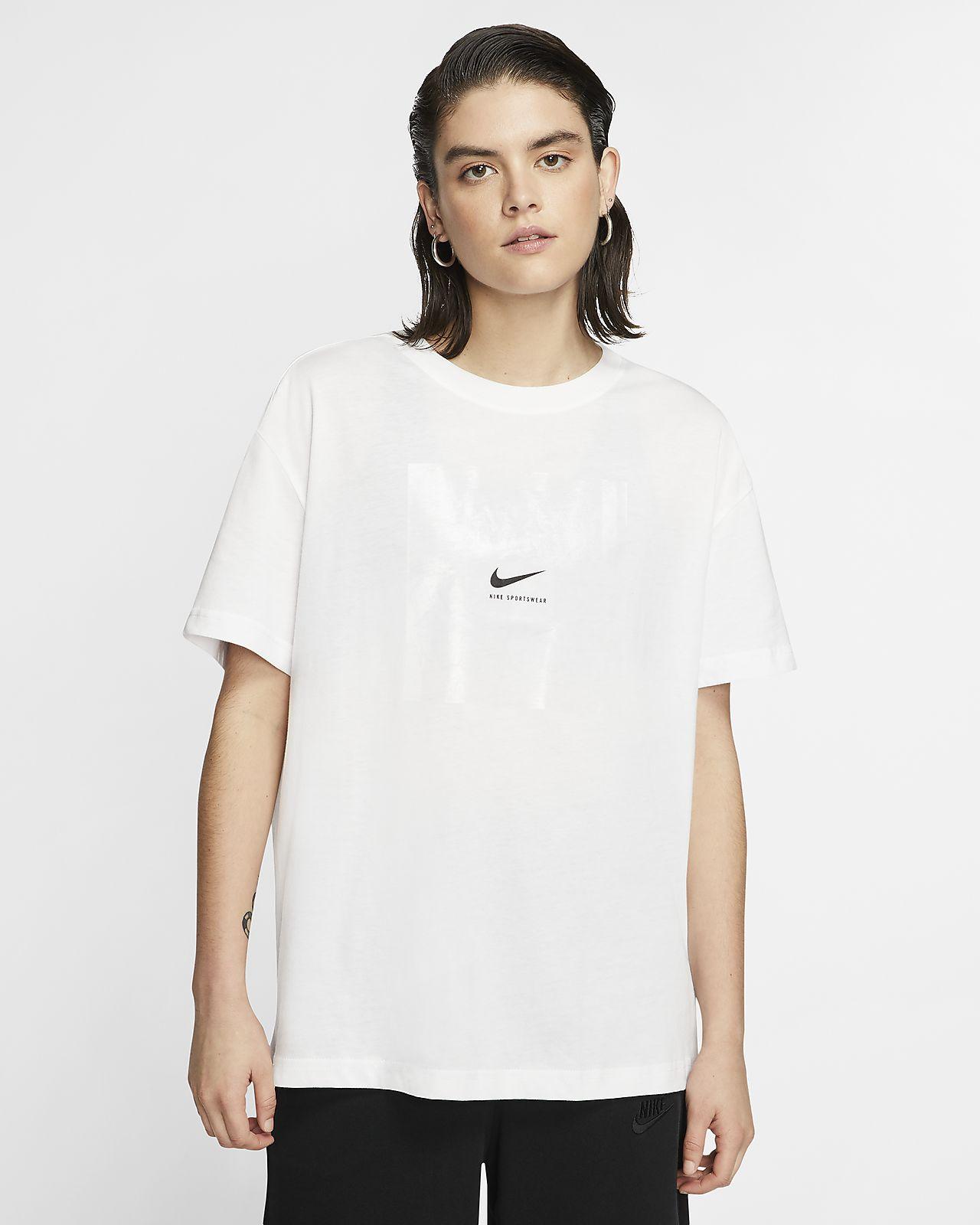Nike Sportswear T shirt til kvinder
