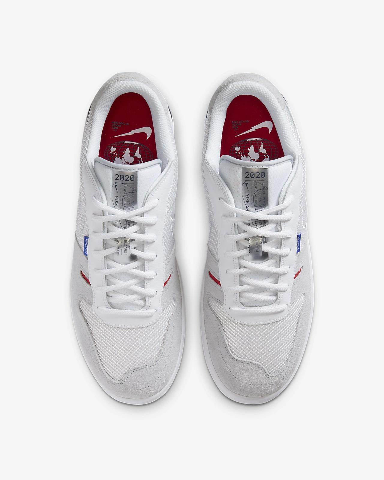 Nike Squash Type Men's Shoe. Nike GB