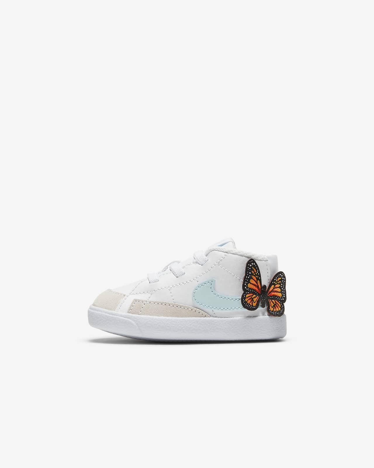 "Nike Blazer 中筒 SE ""Lil Bugs"" 嬰兒鞋款"