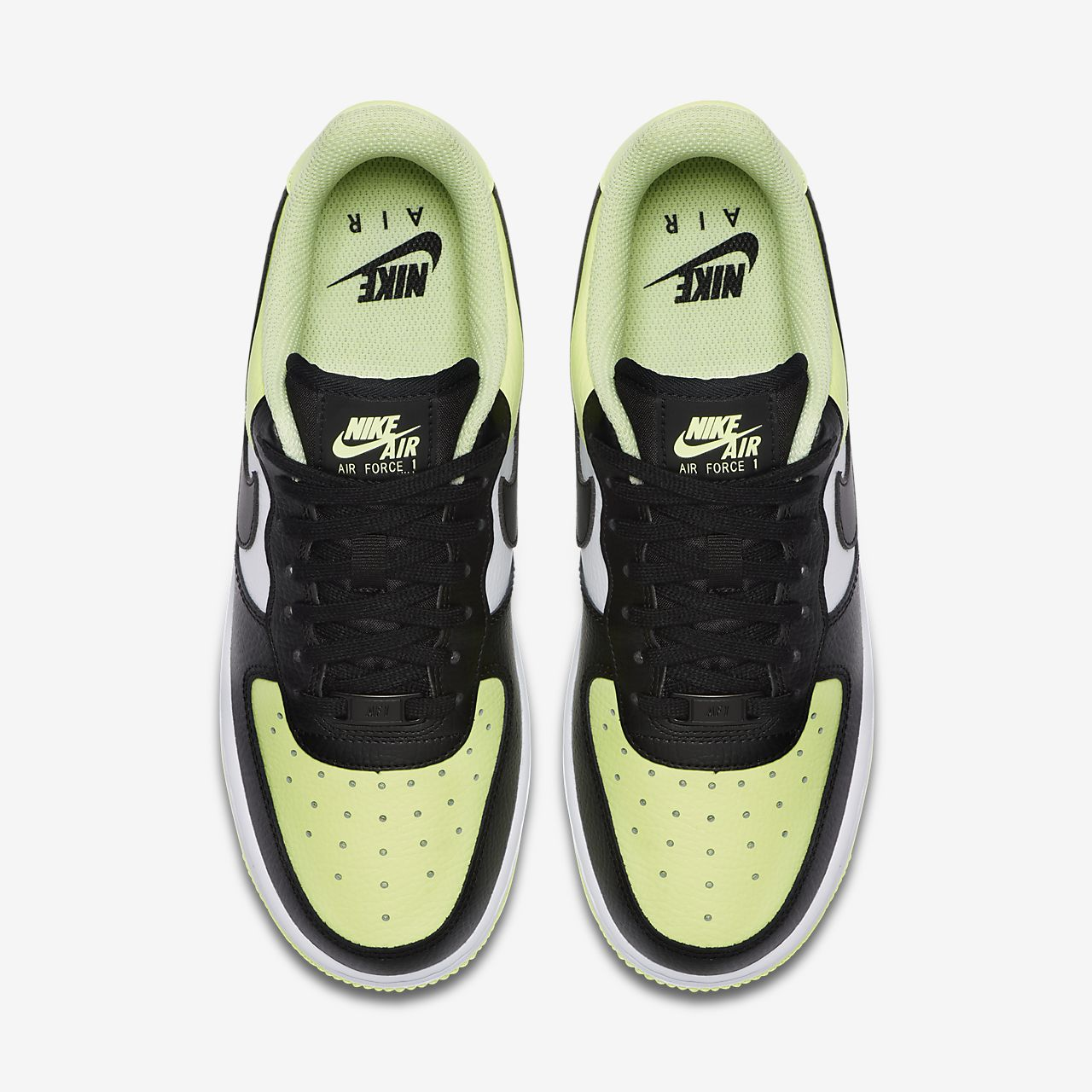 Nike Air Force 1 </p>                     </div> 		  <!--bof Product URL --> 										<!--eof Product URL --> 					<!--bof Quantity Discounts table --> 											<!--eof Quantity Discounts table --> 				</div> 				                       			</dd> 						<dt class=