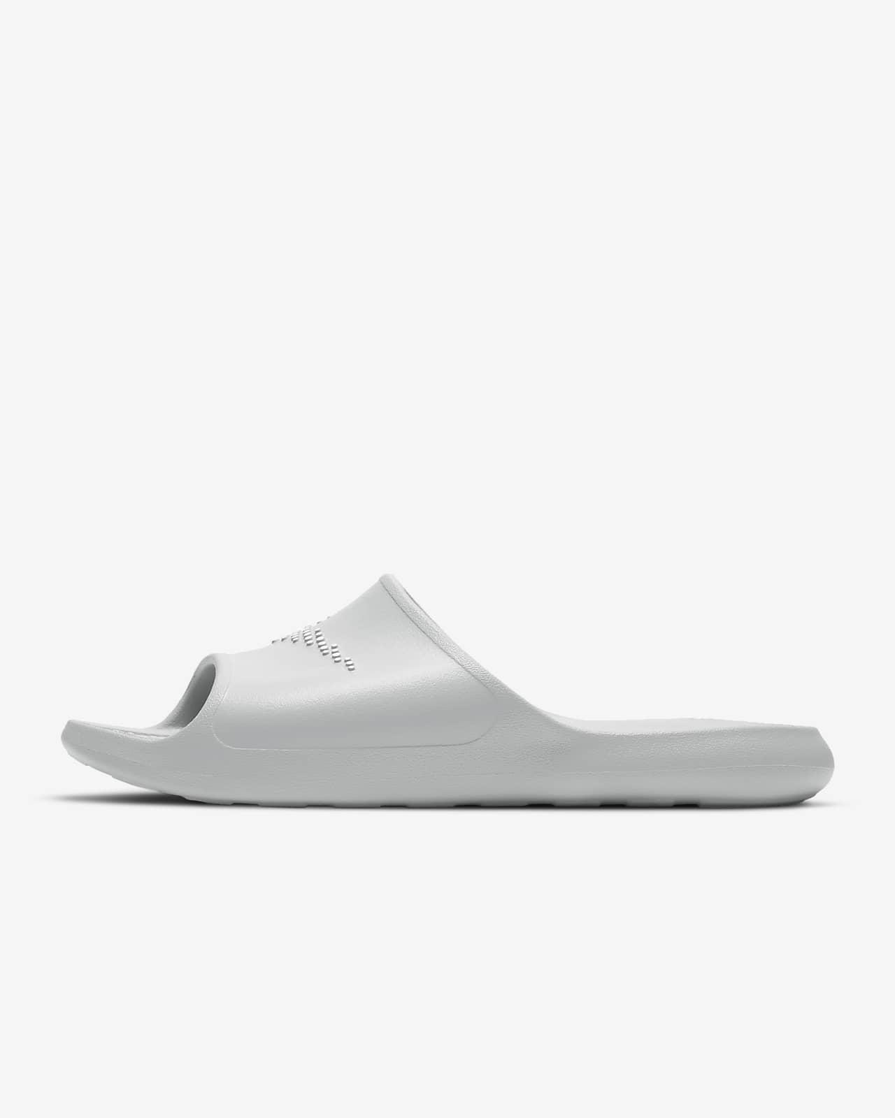 Nike Victori One férfipapucs zuhanyzáshoz