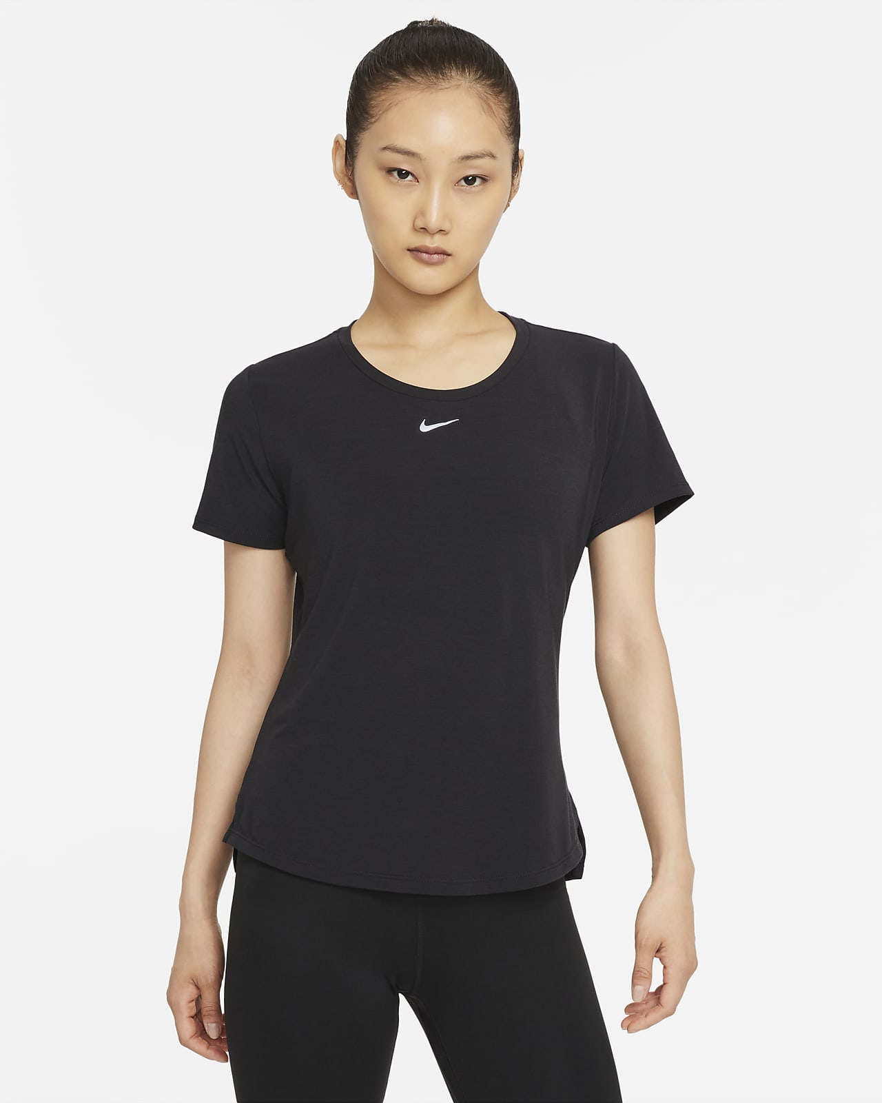 เสื้อแขนสั้นทรงมาตรฐานผู้หญิง Nike Dri-FIT One Luxe