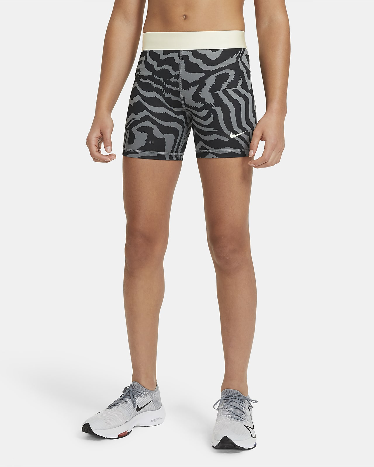 Nike Pro Older Kids' (Girls') 7cm (approx.) Printed Shorts