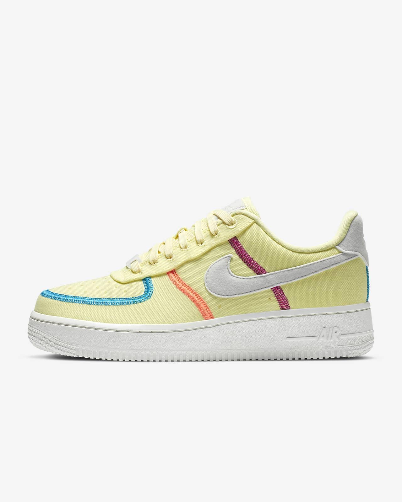 Nike Air Force 1 '07 LX 女鞋