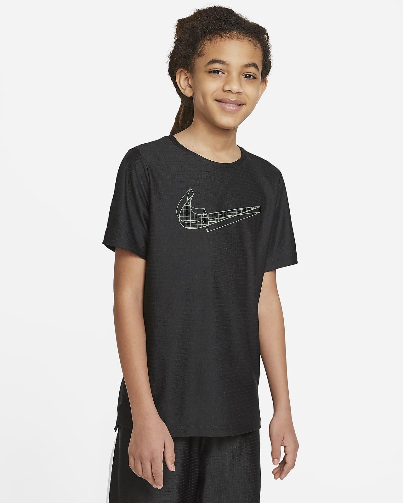 Kortærmet Nike-træningsoverdel med grafik til store børn (drenge)
