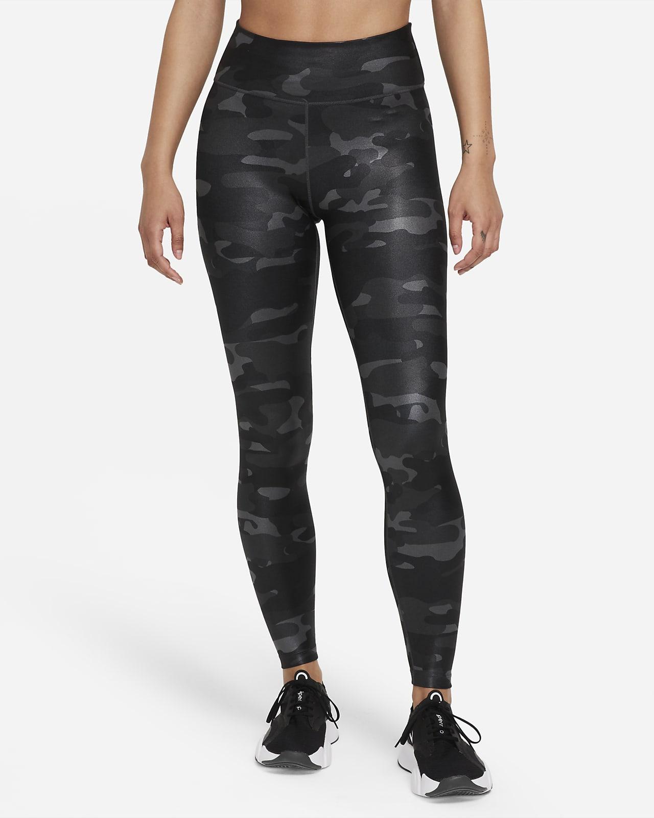 Nike Dri-FIT One Leggings de camuflaje de talle medio - Mujer