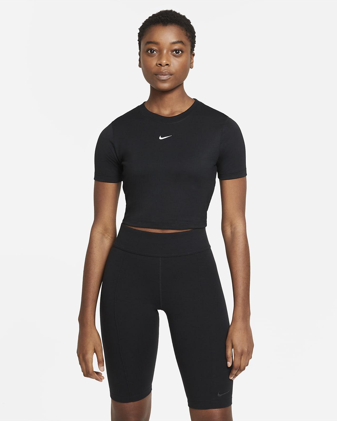 Γυναικεία μπλούζα crop Nike Sportswear Essential