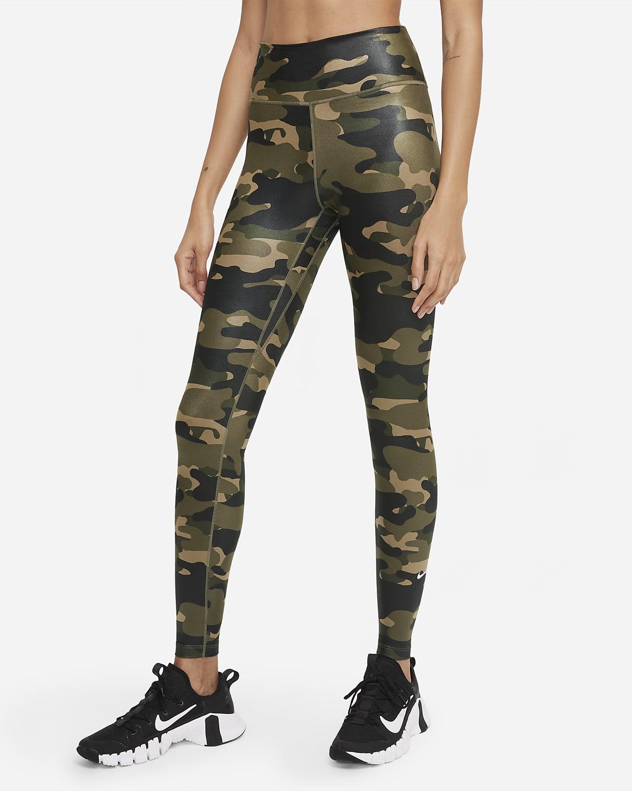 Nike Dri-FIT One kamuflasjemønstret leggings med mellomhøyt liv til dame